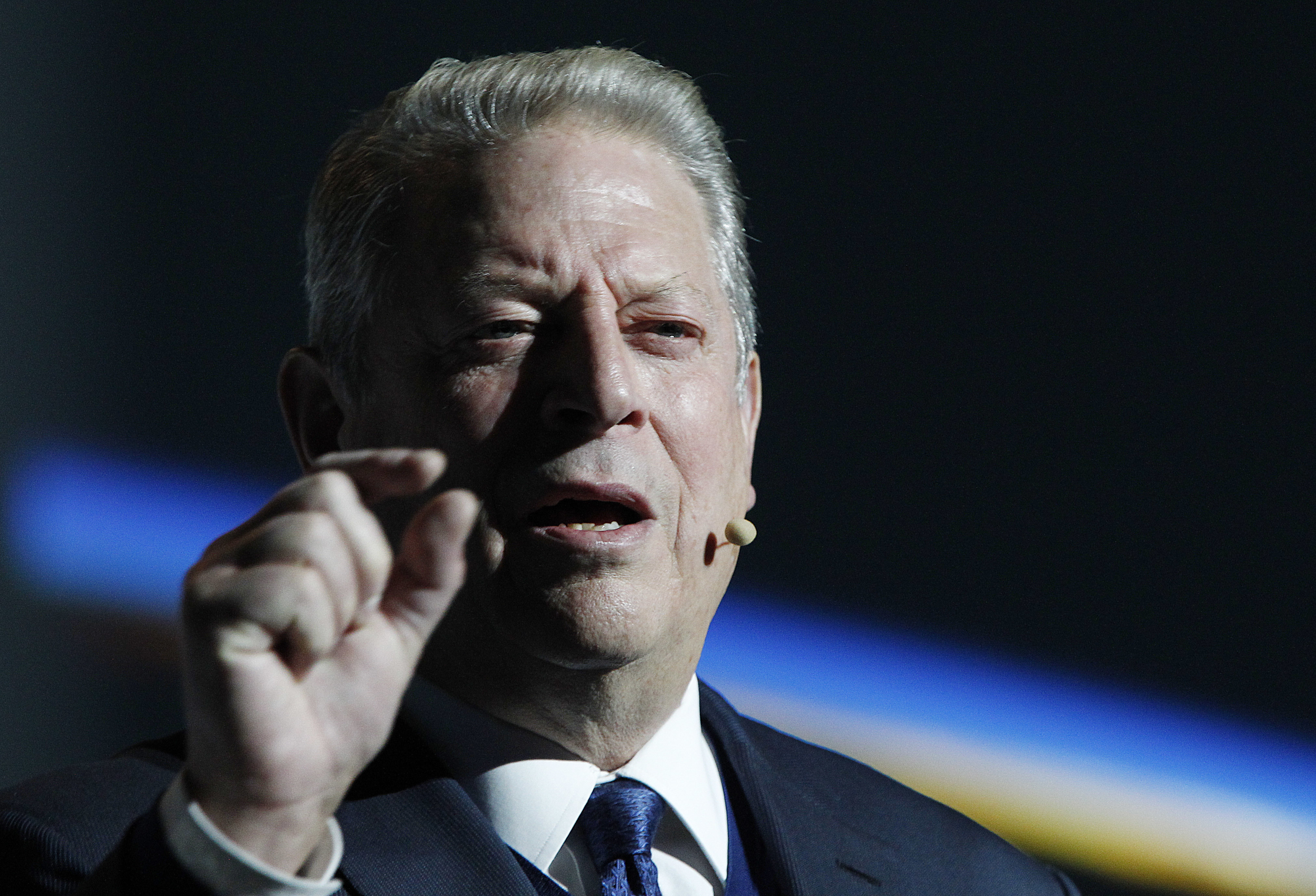 Al Gore-led group encourages students to ditch school for climate change