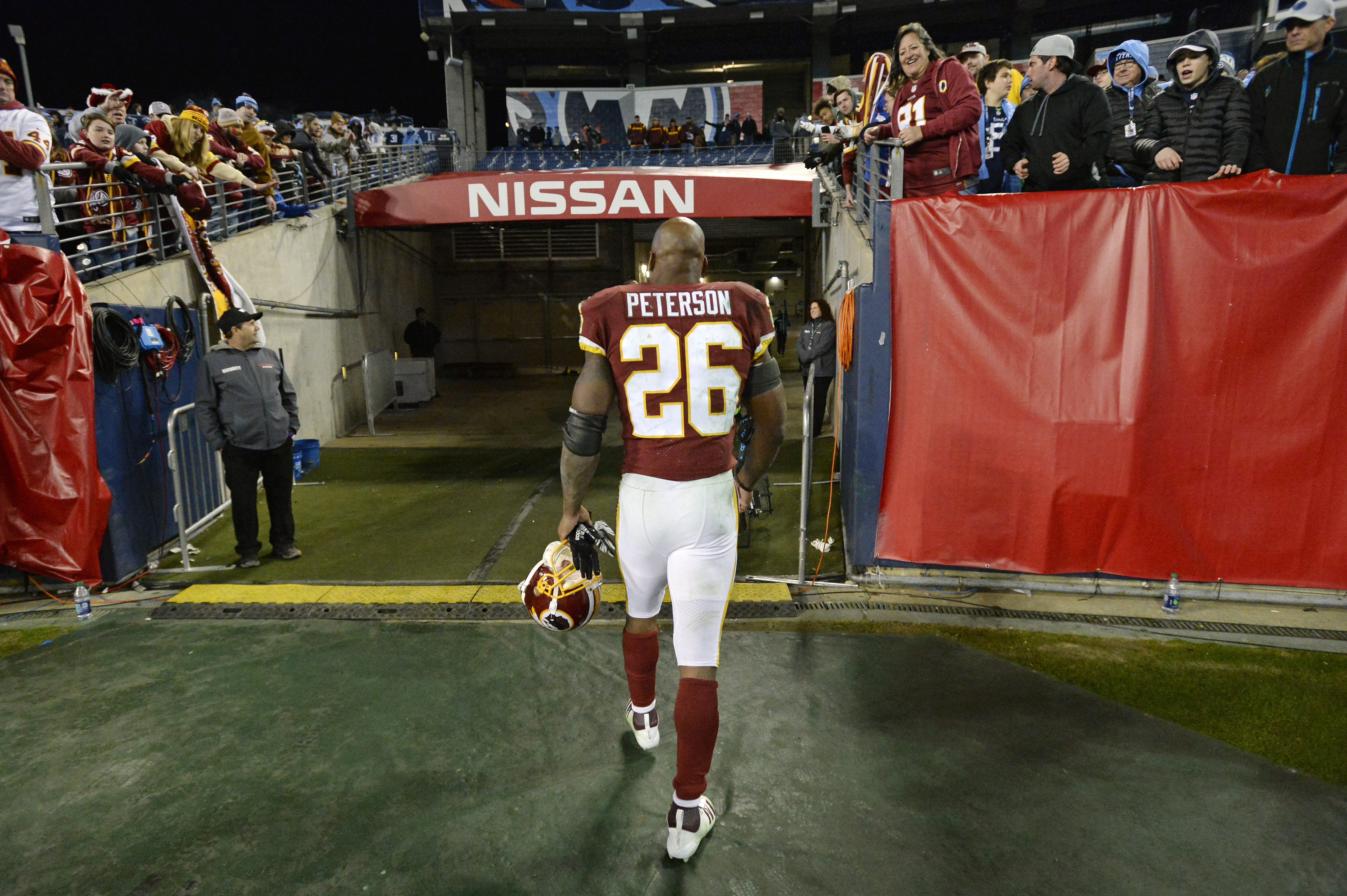 LOVERRO: Redskins hold two days of workouts with many leaders, stars absent