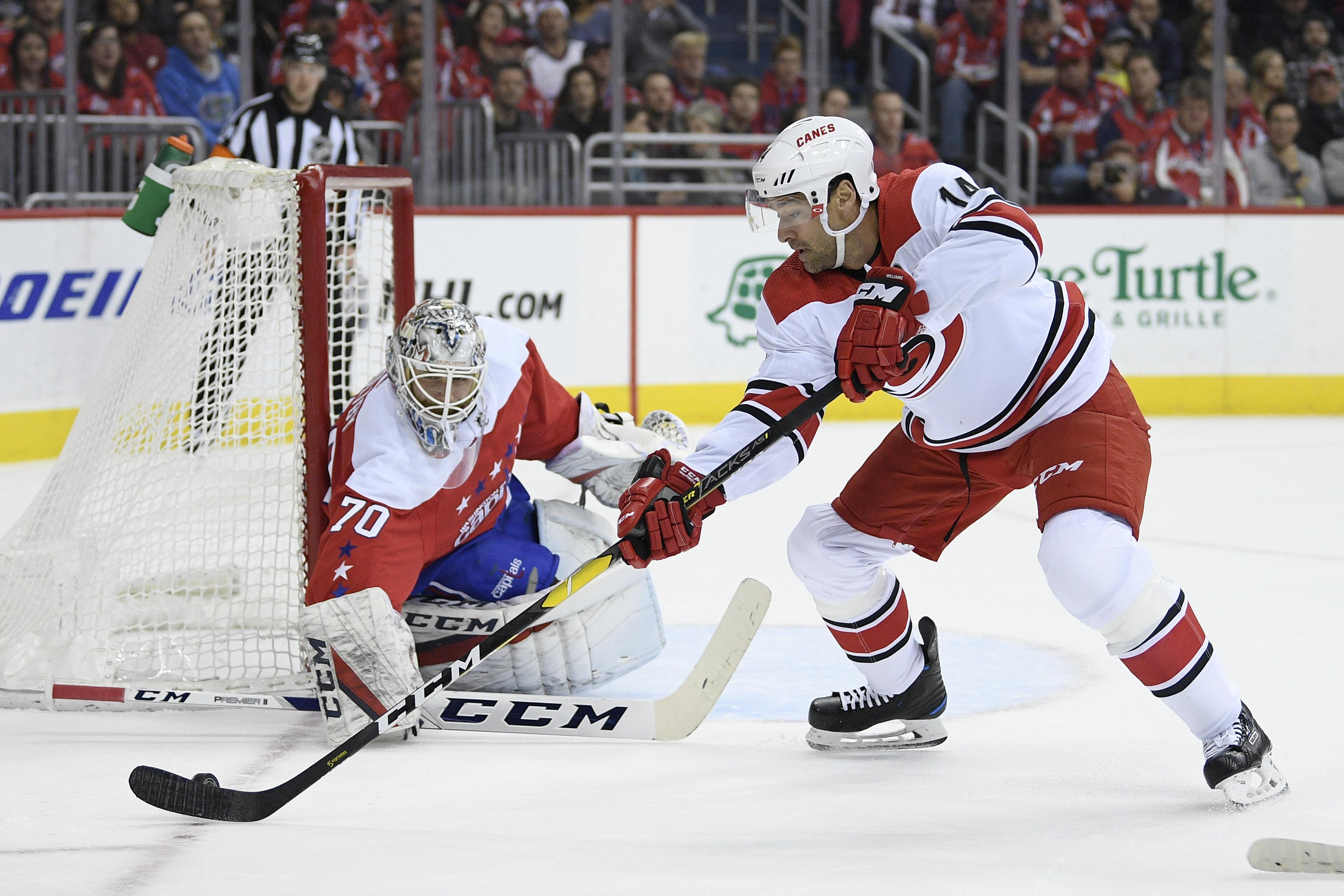 f7d9e309489 Capitals' old friend Justin Williams becomes the enemy in Hurricanes ...
