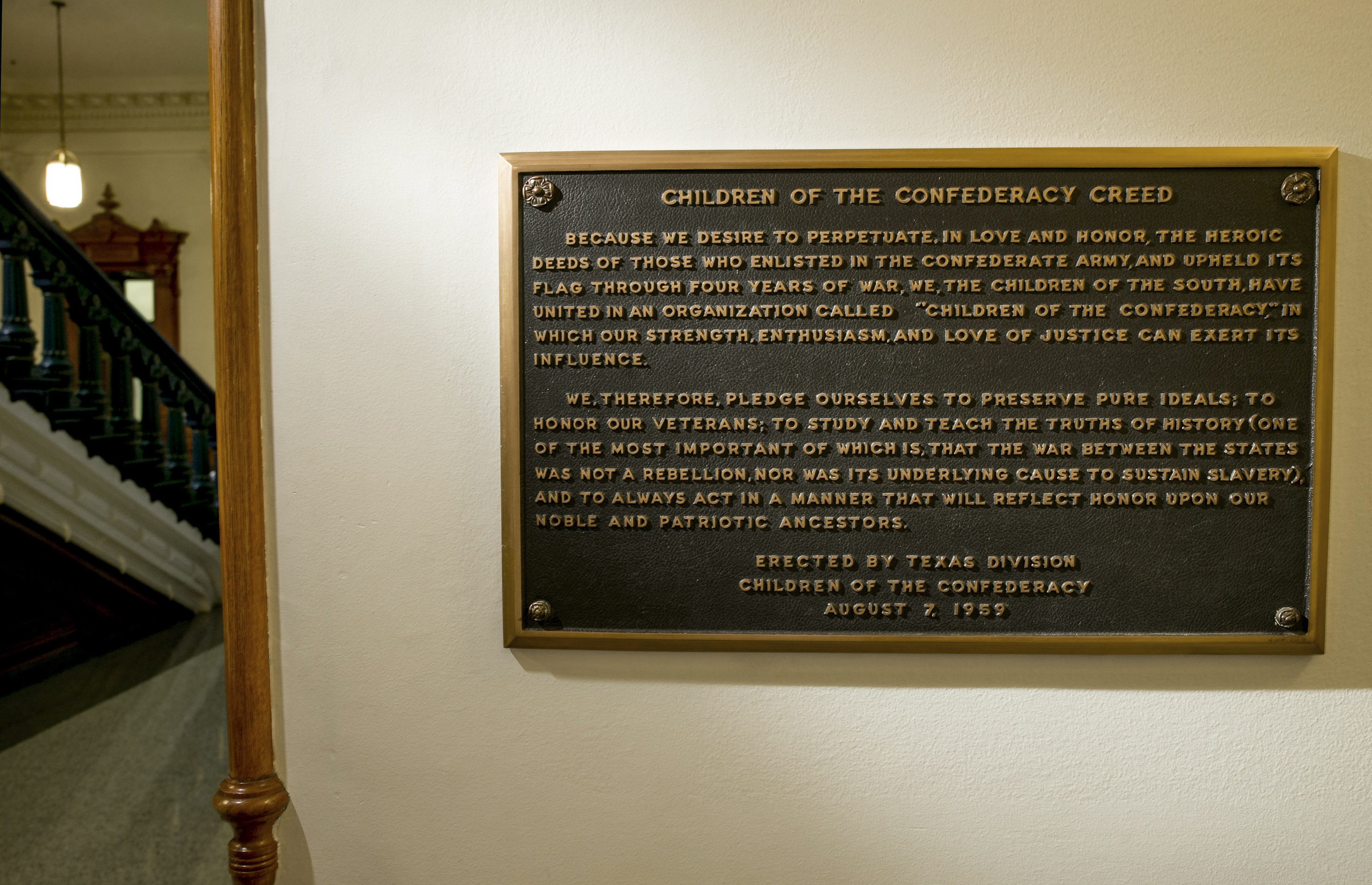 texas board votes to remove children of the confederacy creed plaque from state capitol washington times