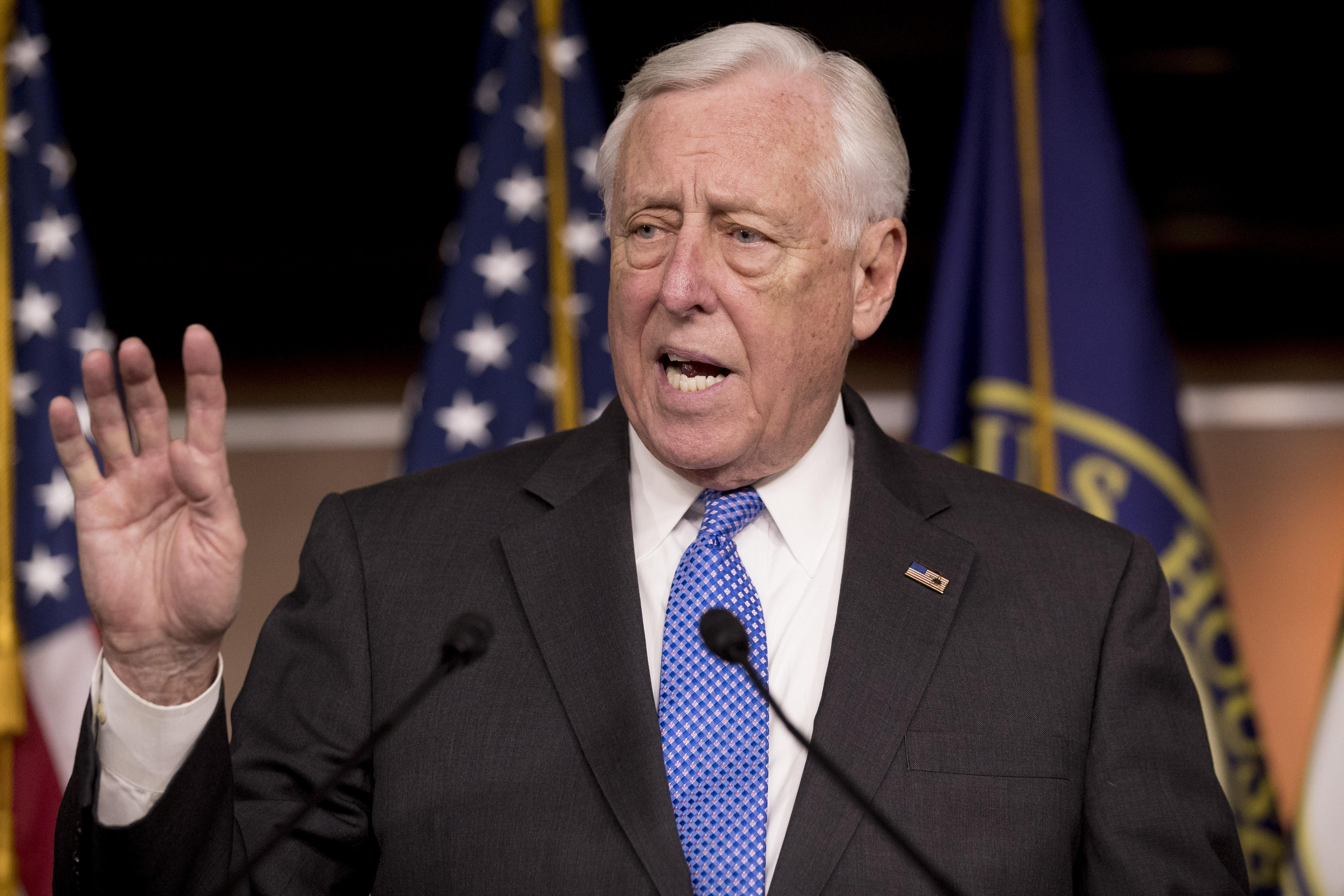 Hoyer backs down on pay raises: 'We don't have the votes'