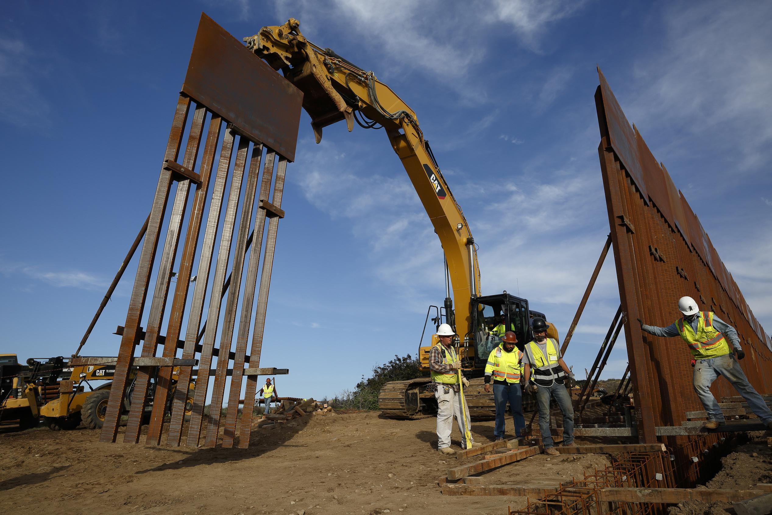 Pentagon lays out $6.8B of projects to cut for Trump border wall