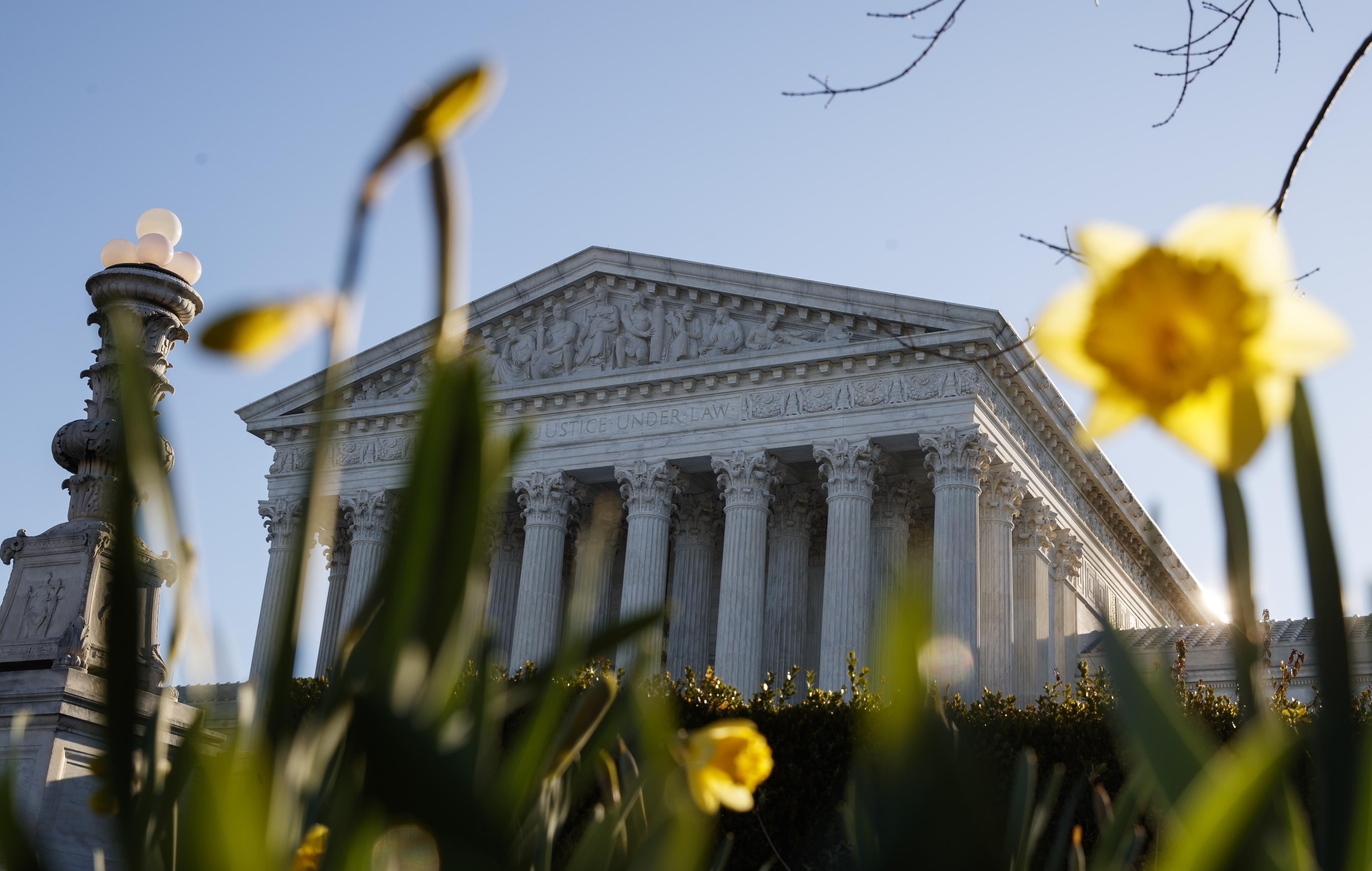 Supreme Court asked to settle census citizenship fight