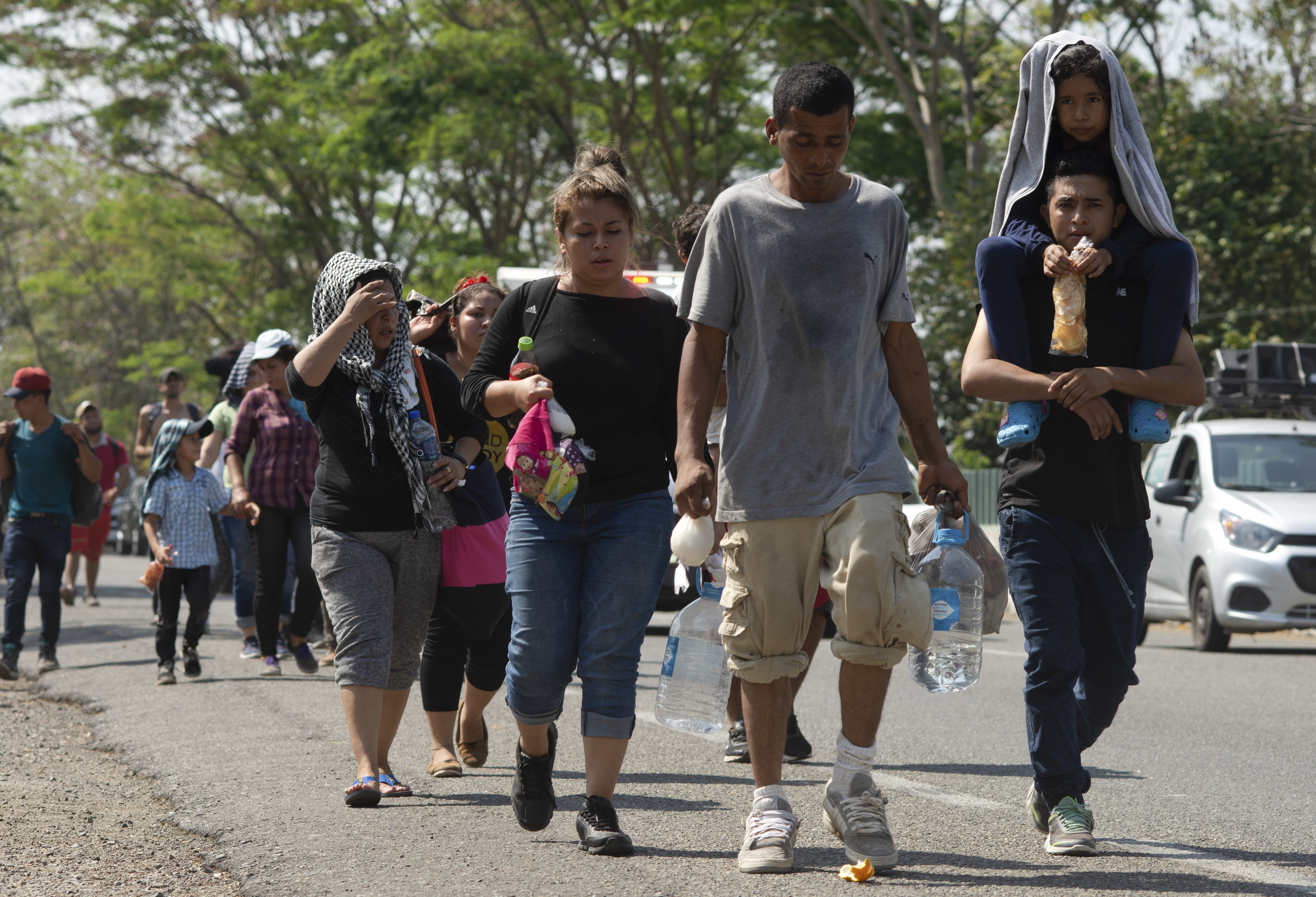Mexico braces for 'mother of all caravans'
