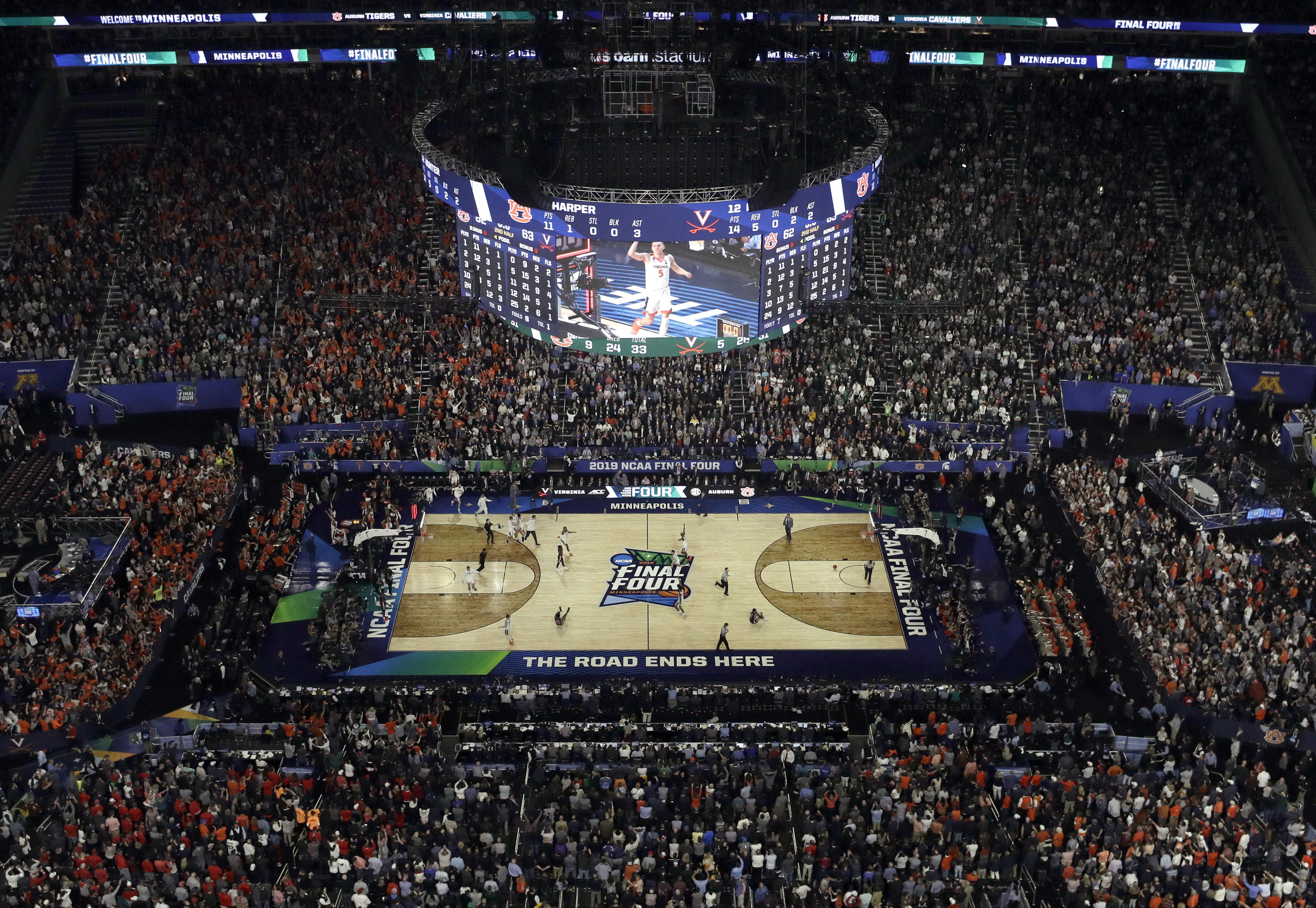 more photos a9703 22456 NCAA Latest  Virginia s clutch tourney goes down in history - Washington  Times