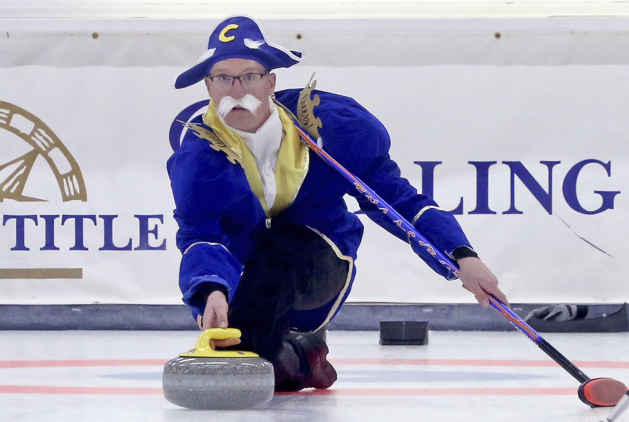 Ohio curlers at home in International Bonspiel