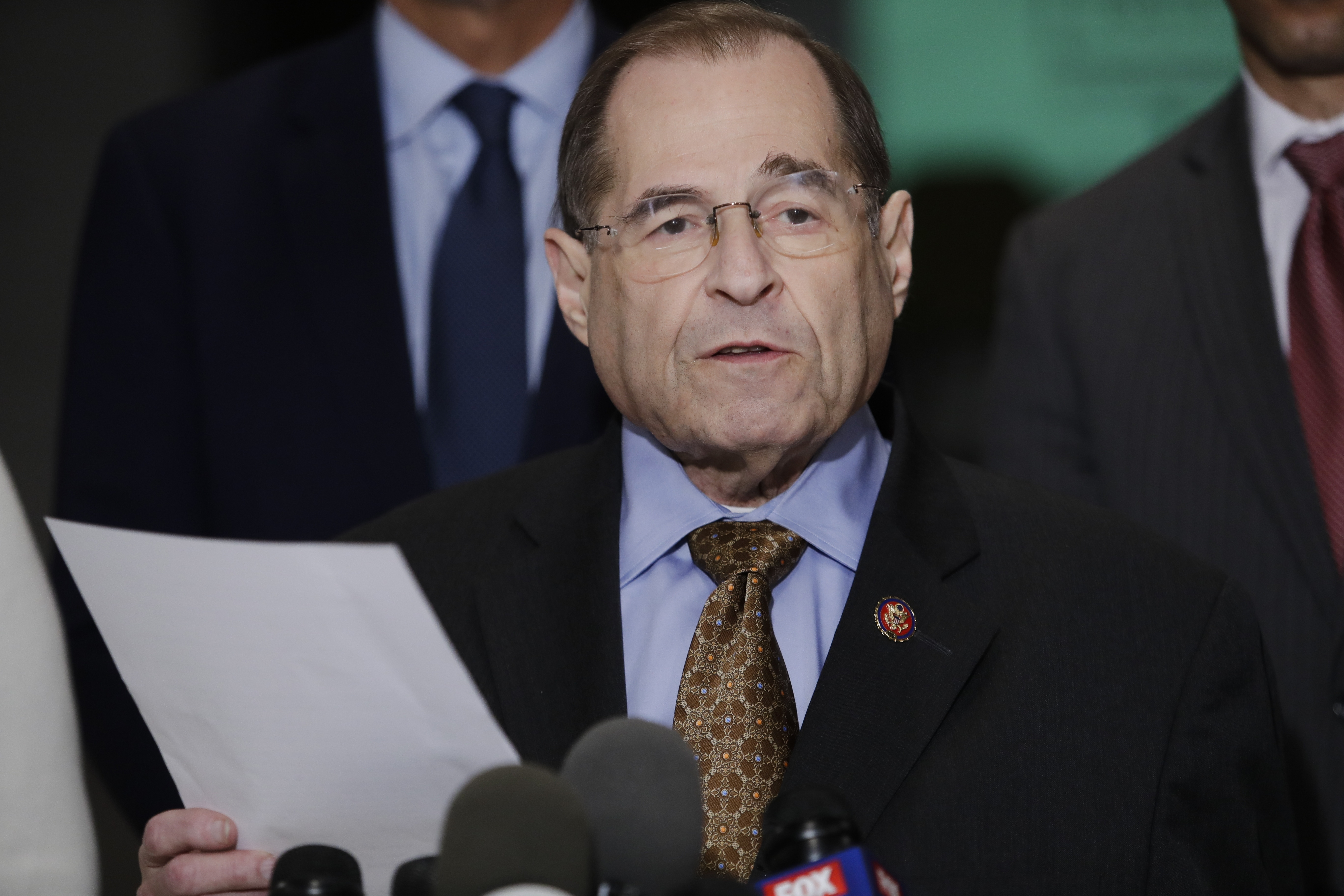 Top Dems say Mueller report shows Trump committed crimes