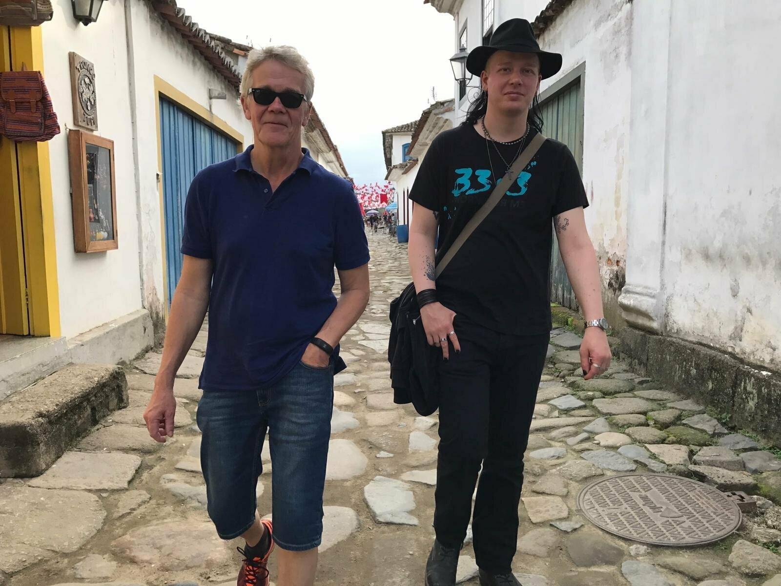 'War against knowledge': Julian Assange ally fights hacking arrest in Ecuador