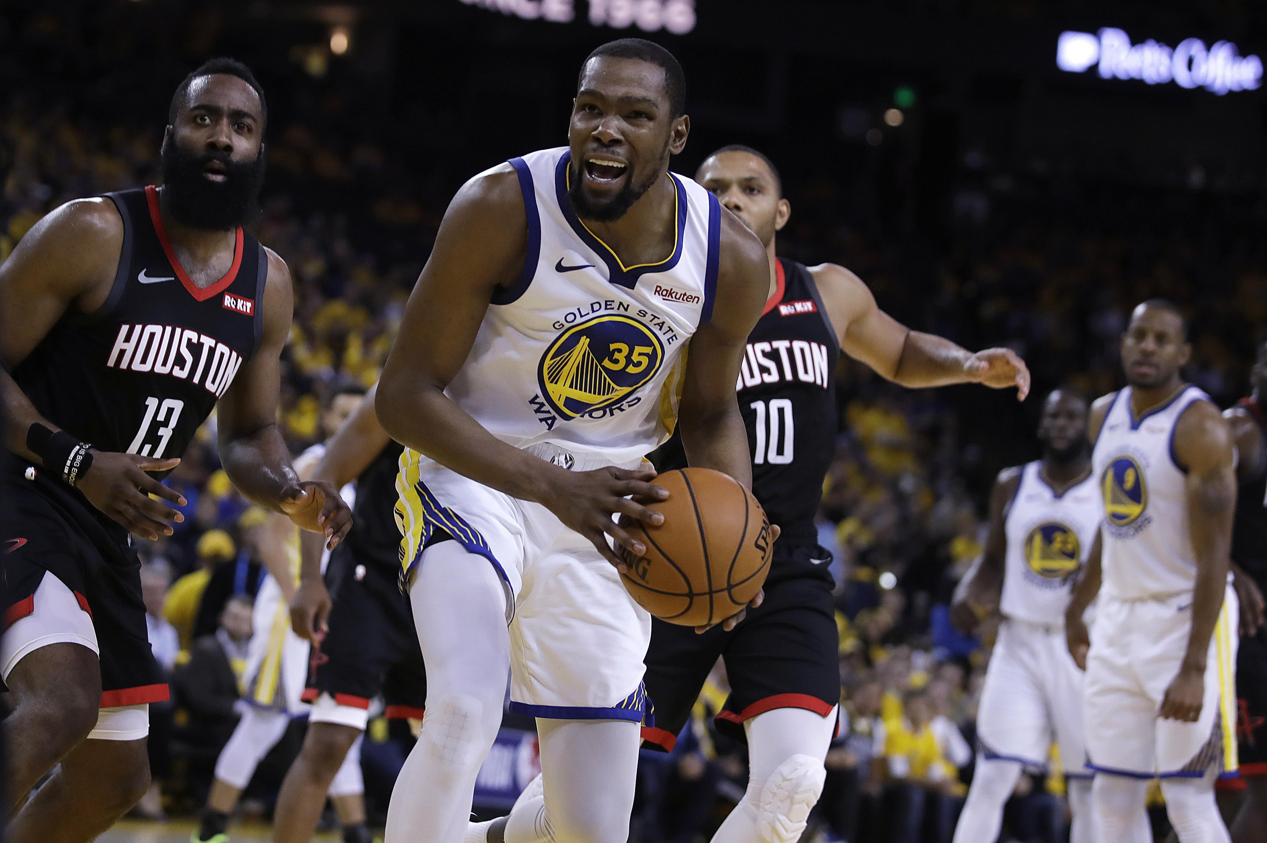 Kevin Durant declines player option, officially becoming free agent