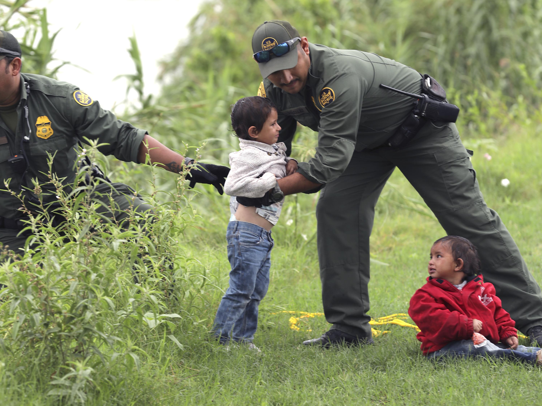 Border Patrol says children DO get toothpaste, soap; testimony contrad