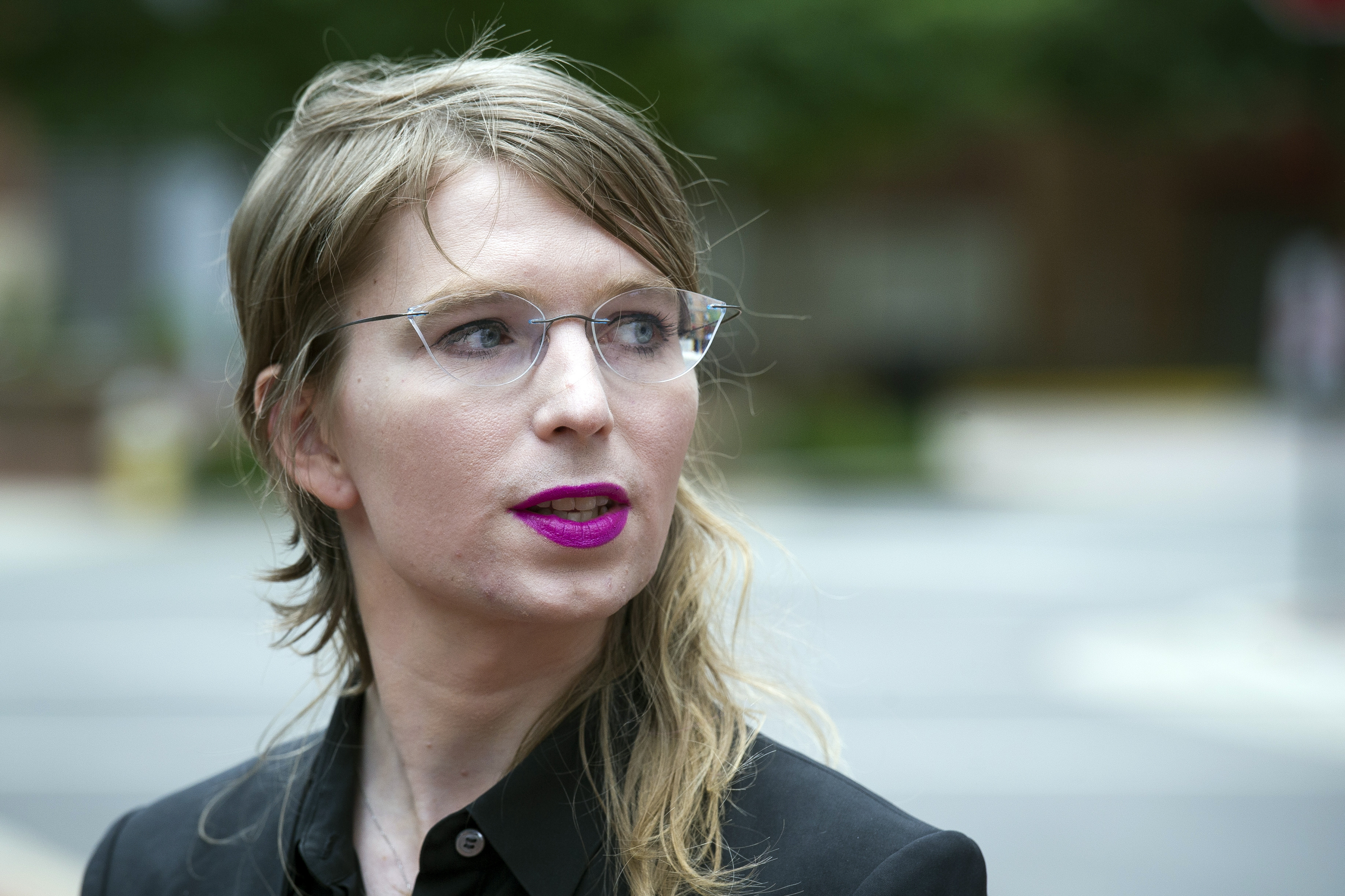 Chelsea Manning, jailed WikiLeaks source, seeks relief from contempt s