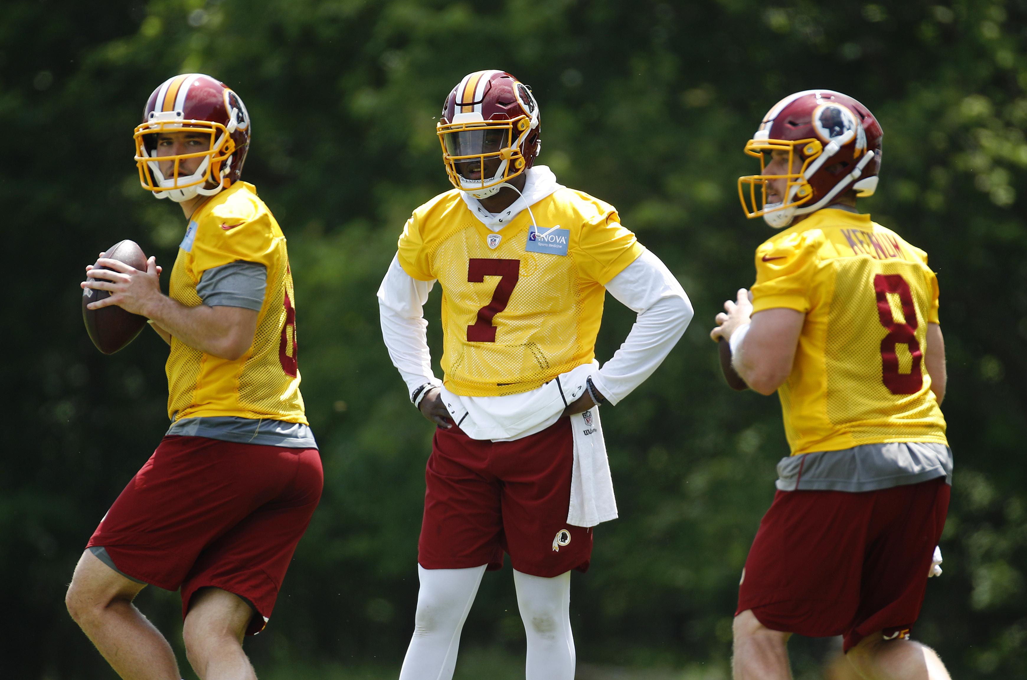 Doug Williams: Naming Redskins' starting QB will be group decision
