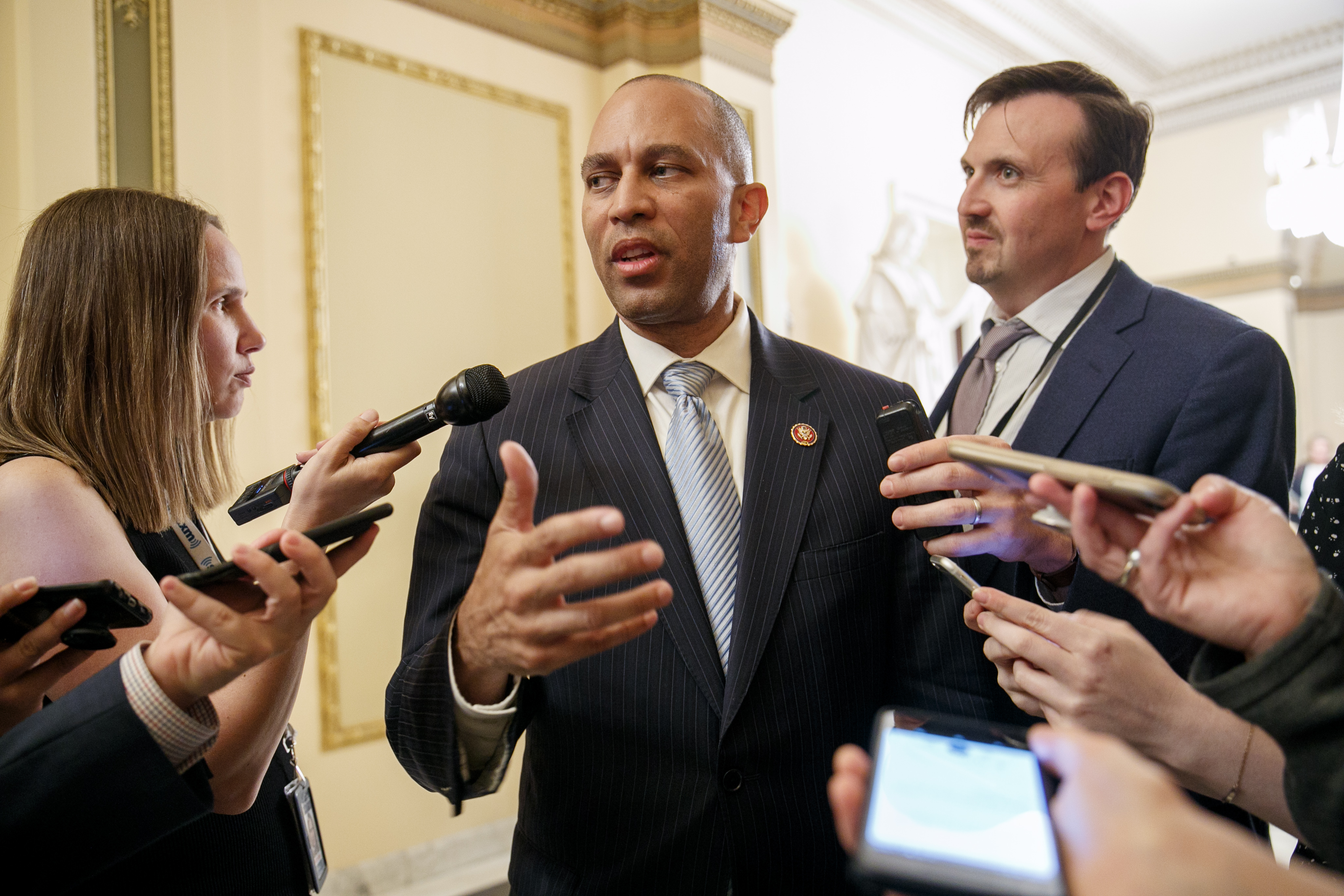 New Democratic Caucus Chairman Hakeem Jeffries toes line on Trump impeachment: 'Follow the facts'