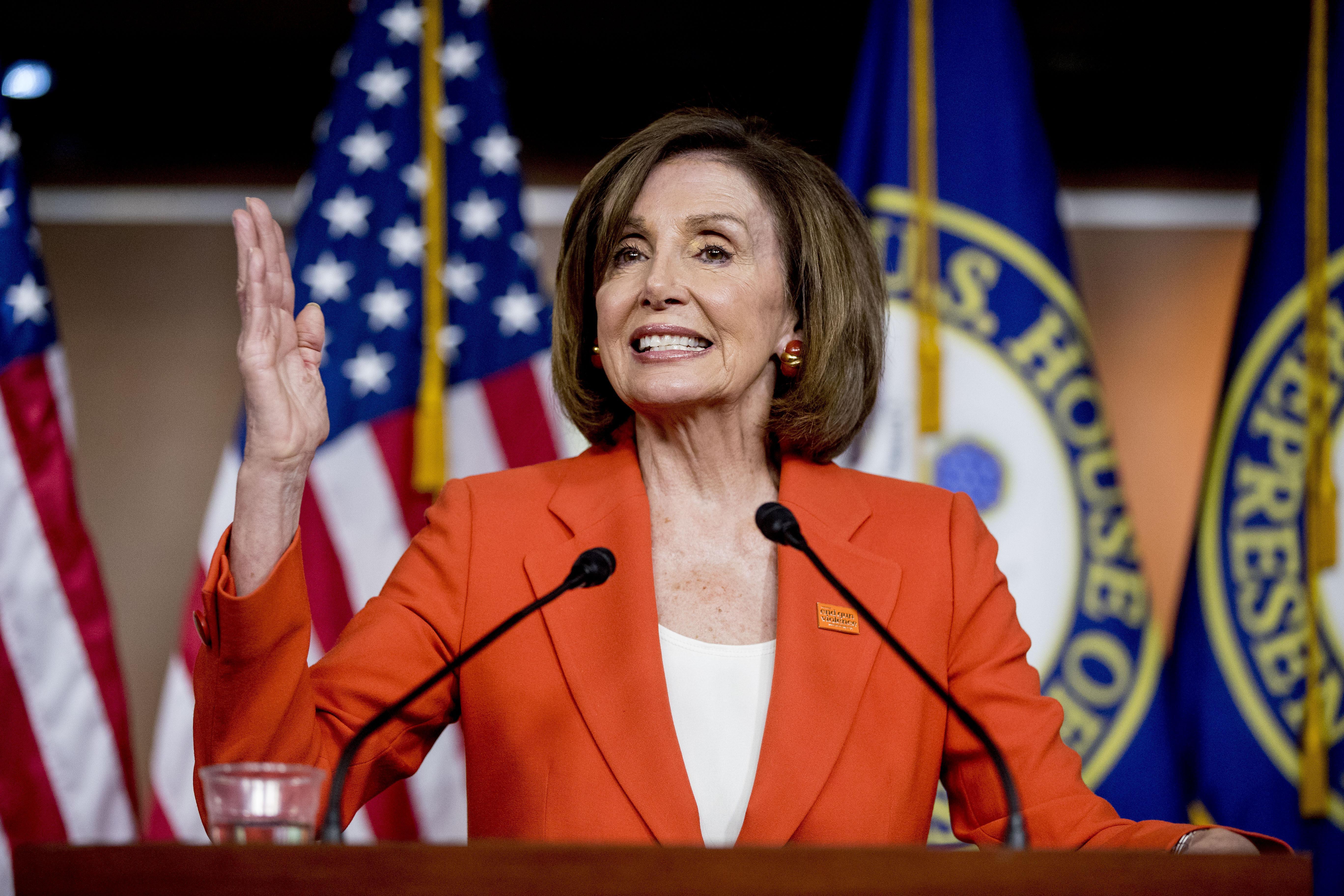 Pelosi, Democrats approve $4.5 billion border bill