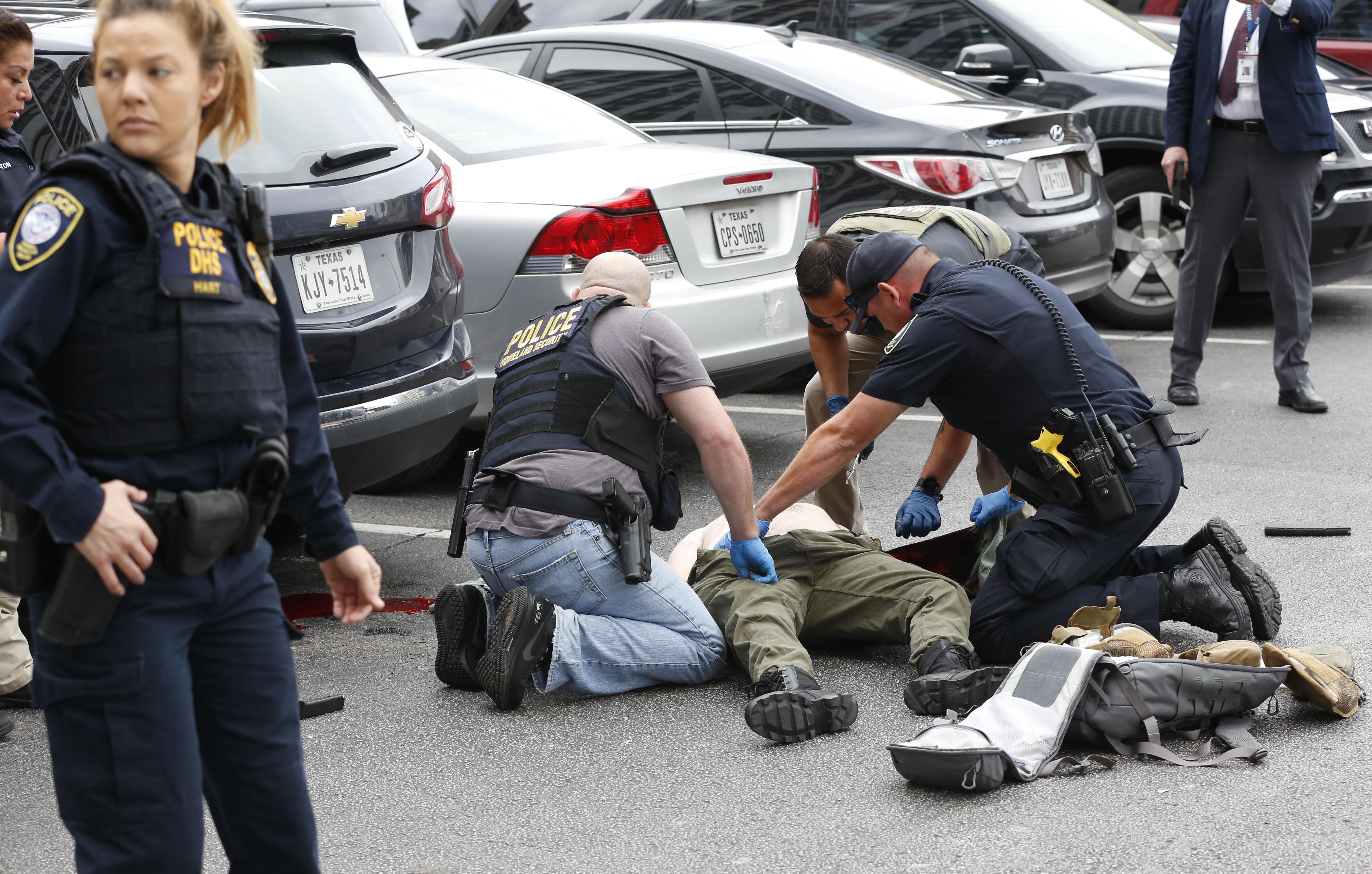 Man Shot In Gunfire Exchange Outside Dallas Courthouse Dies Washington Times
