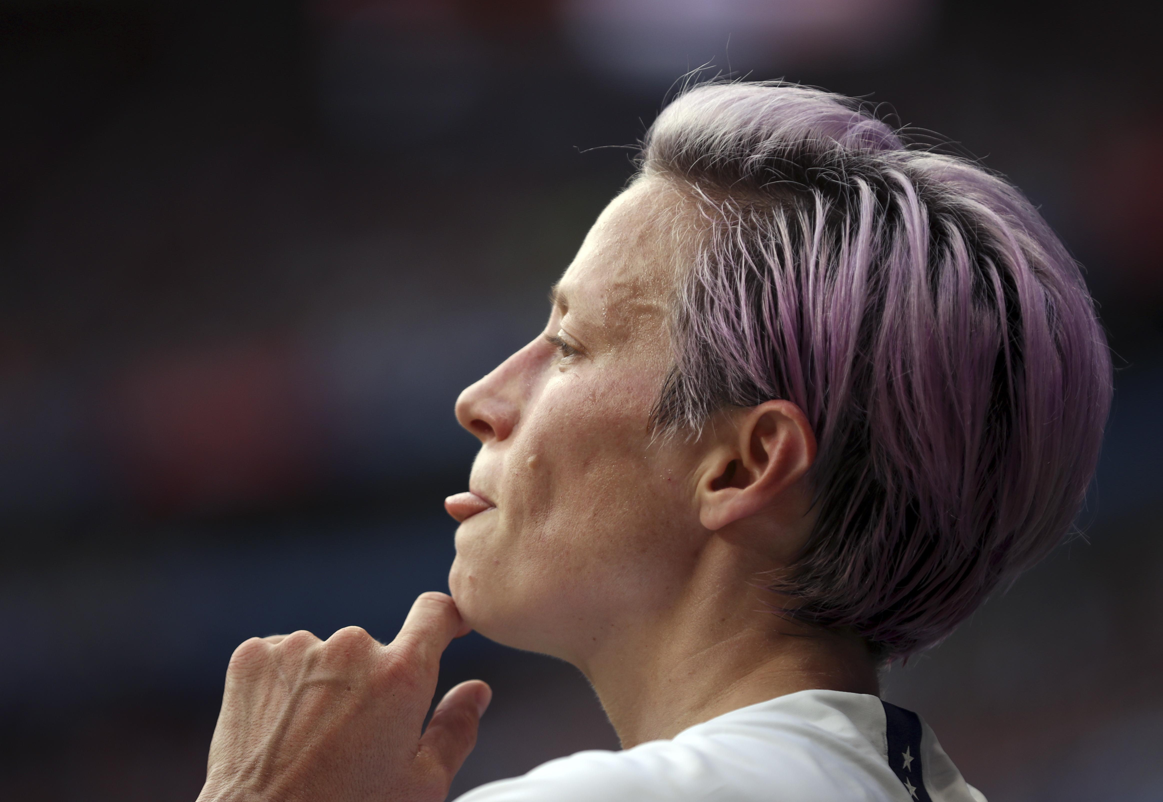 Megan Rapinoe rips parents for Trump support, watching Fox: 'Go to therapy'