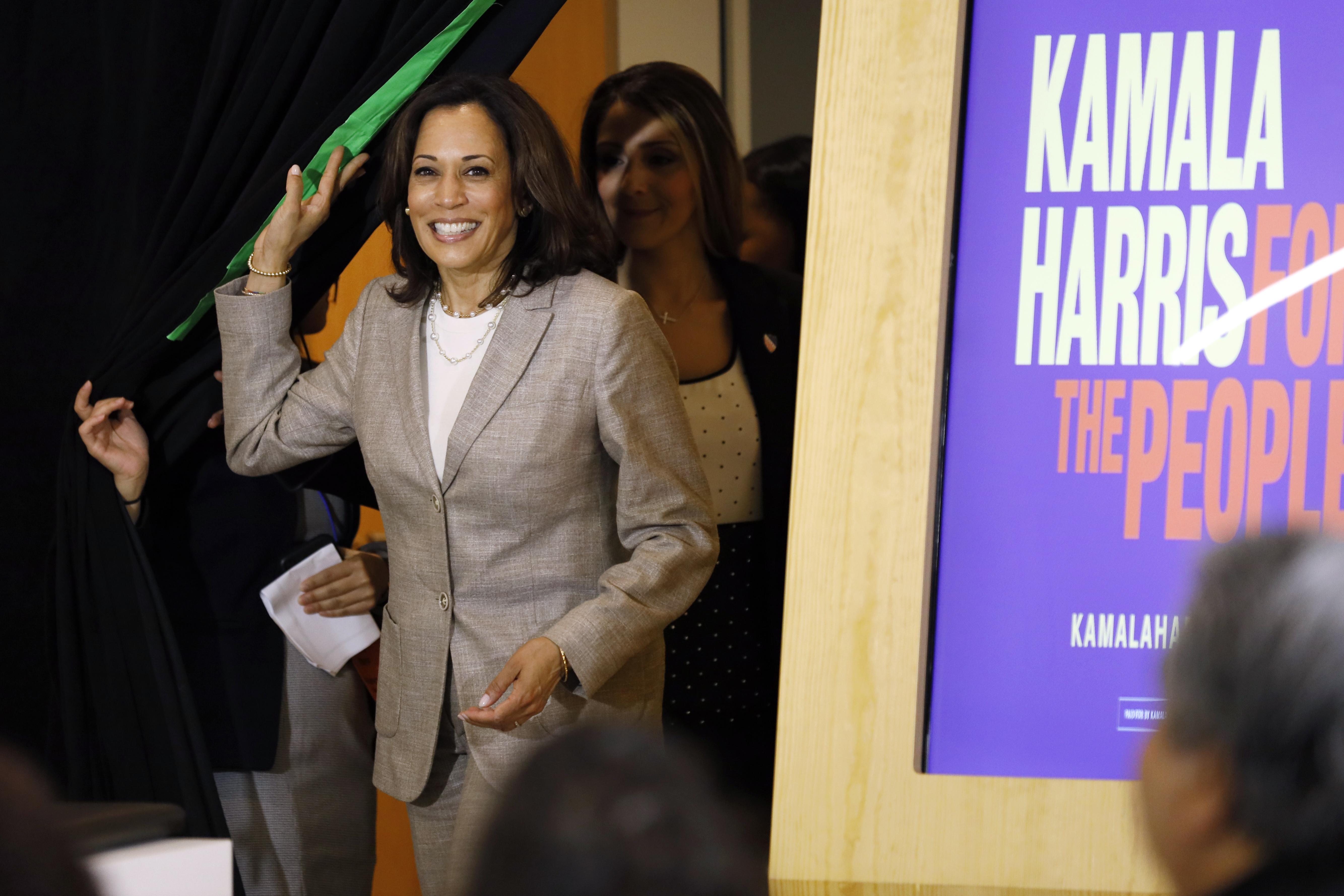 Kamala Harris, Jerry Nadler introducing bill to decriminalize marijuana