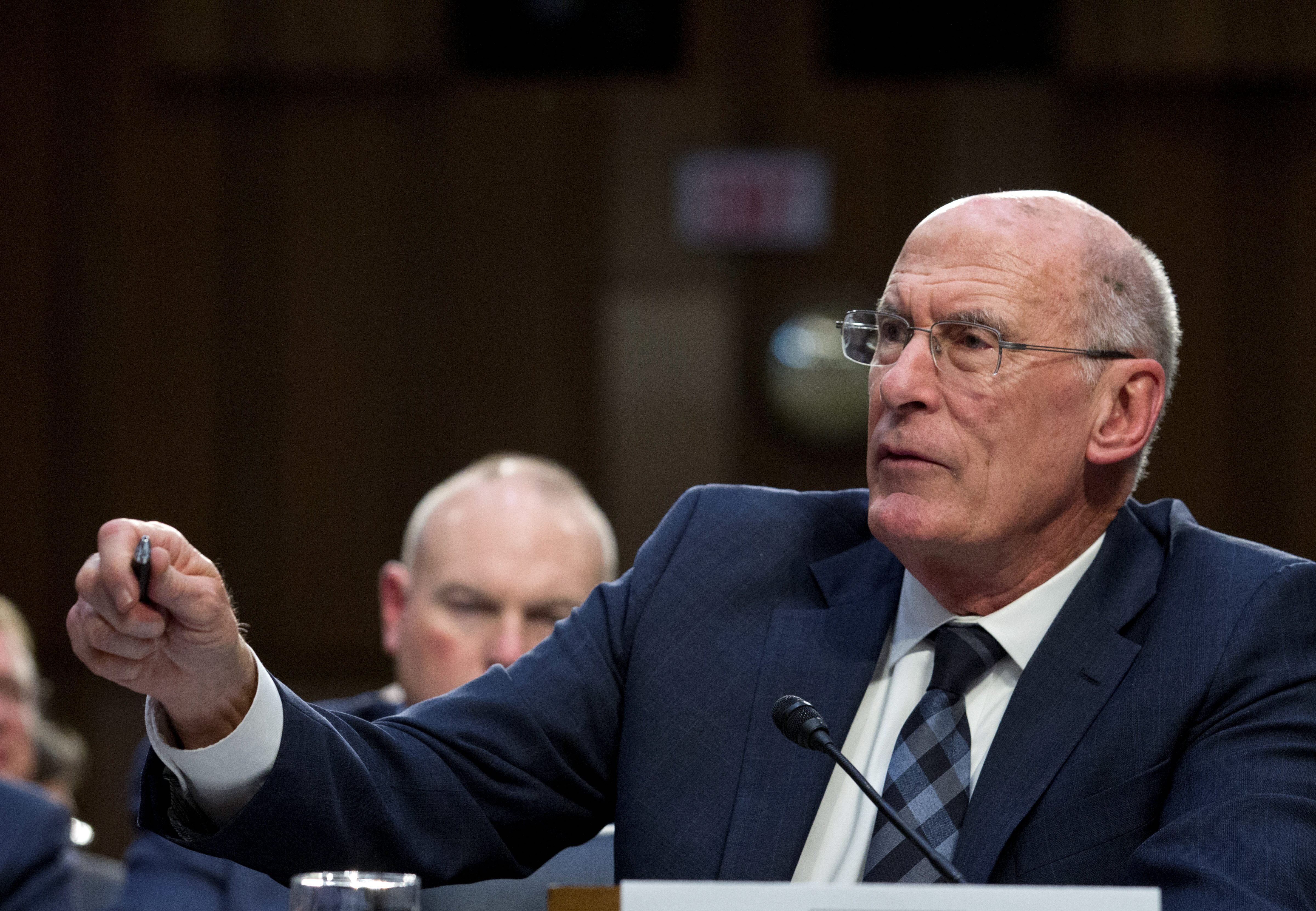 Inside the Ring: Trump quietly working to replace director of national intelligence