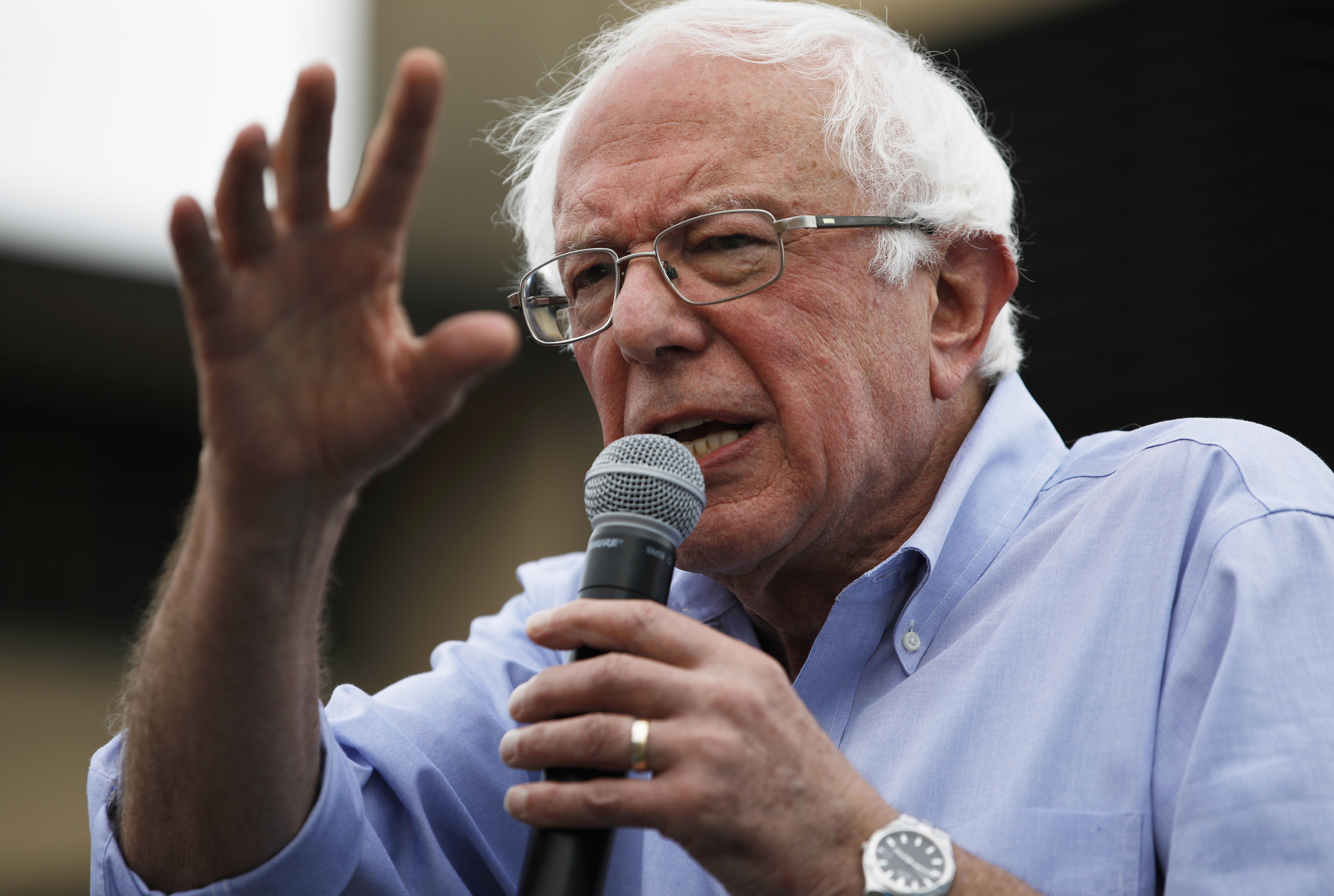 Bernie Sanders unveils $16.3 trillion Green New Deal that will 'pay for itself'