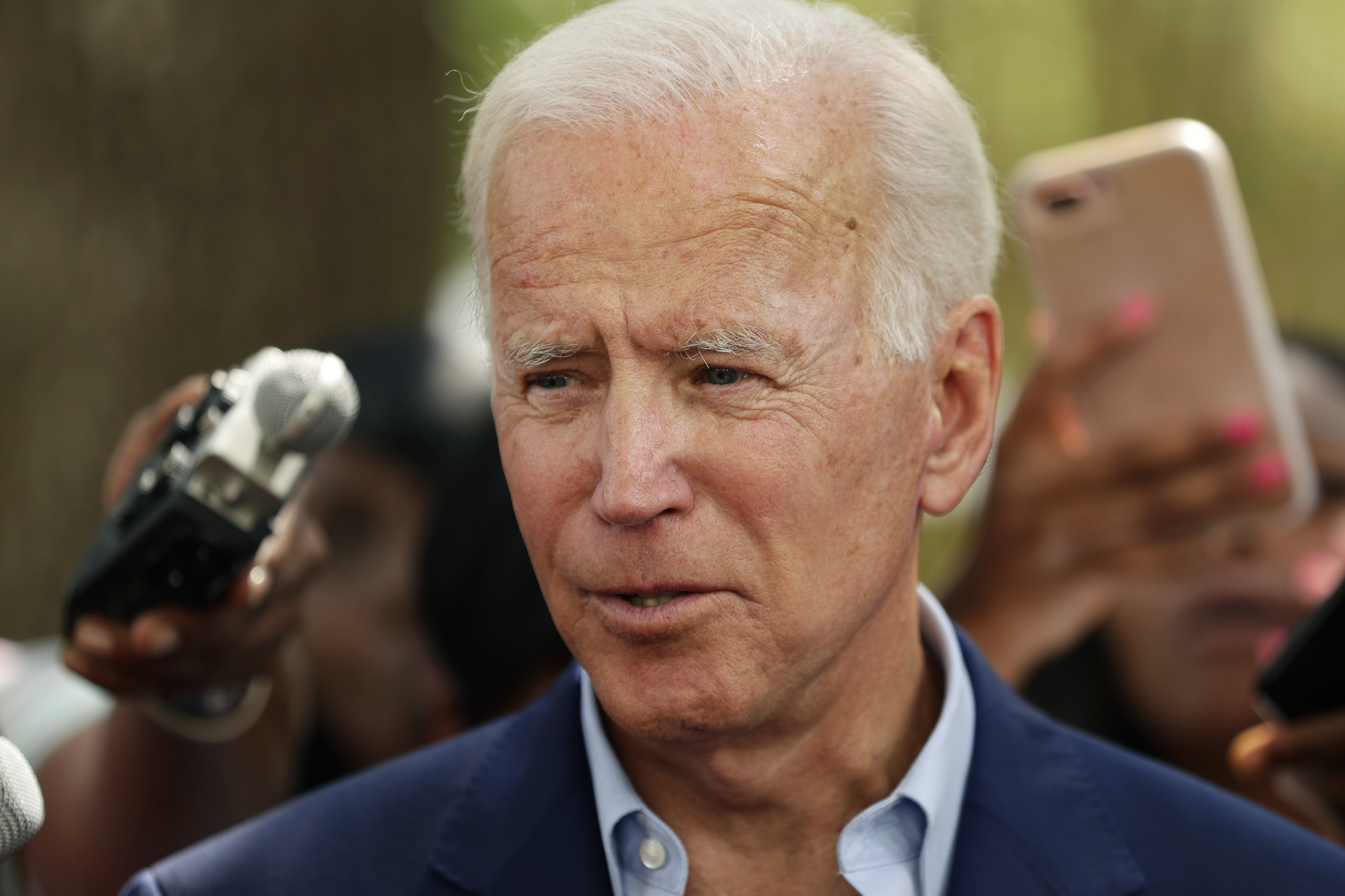 Joe Biden says he will release medical records before primaries