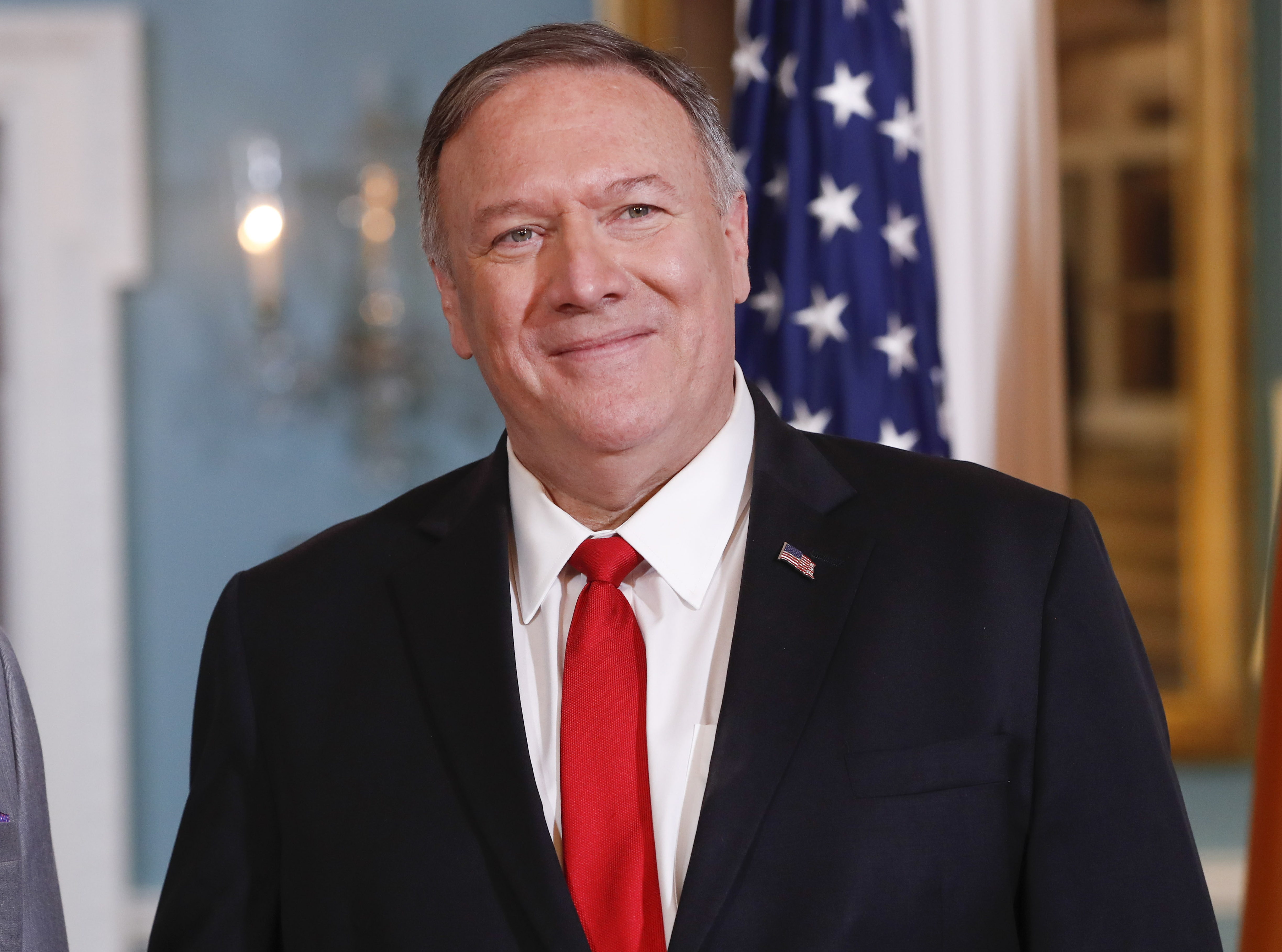 Pence: Pompeo on way to Saudi Arabia to discuss oil-field attack