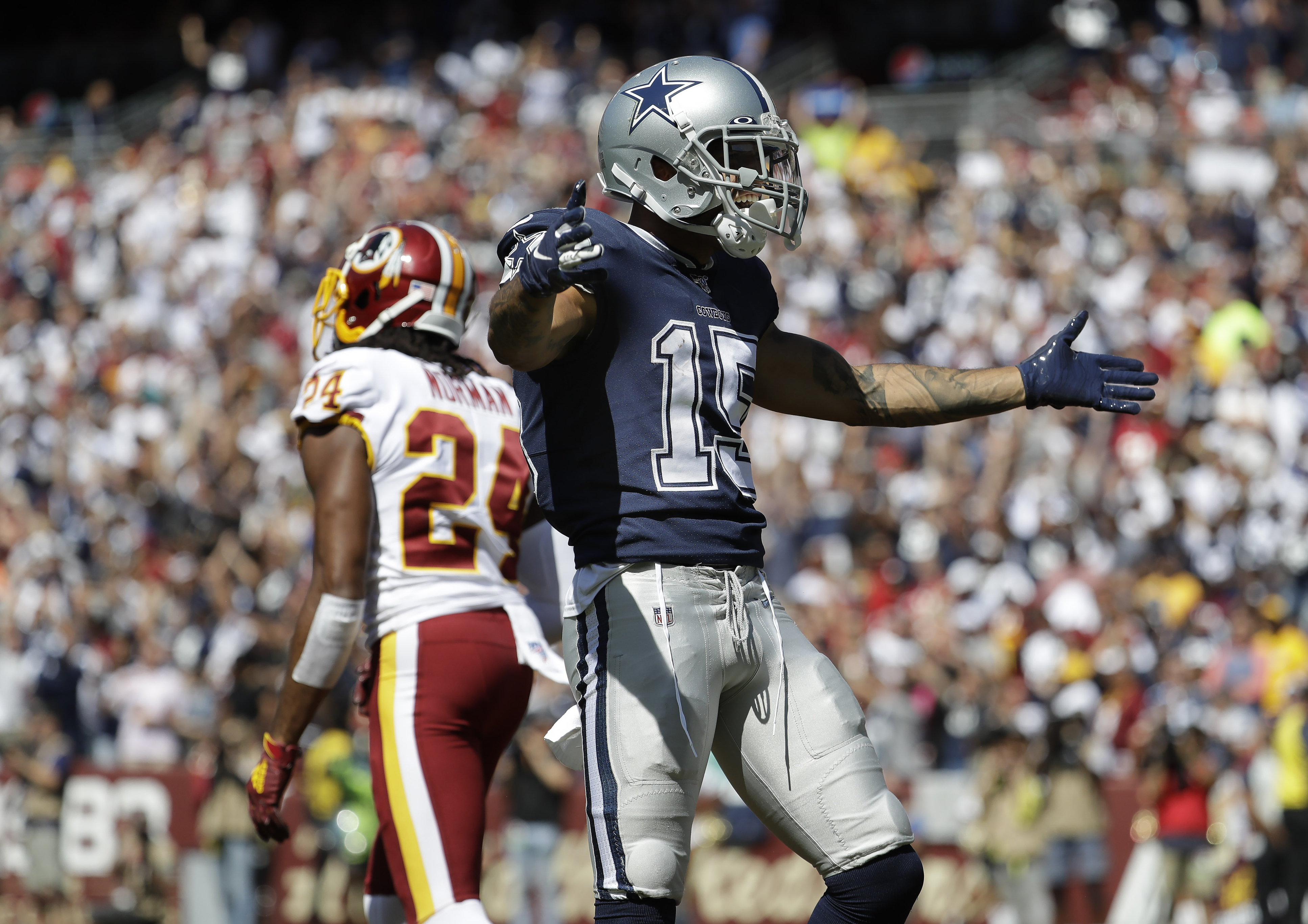 Cowboys lead over Redskins at halftime