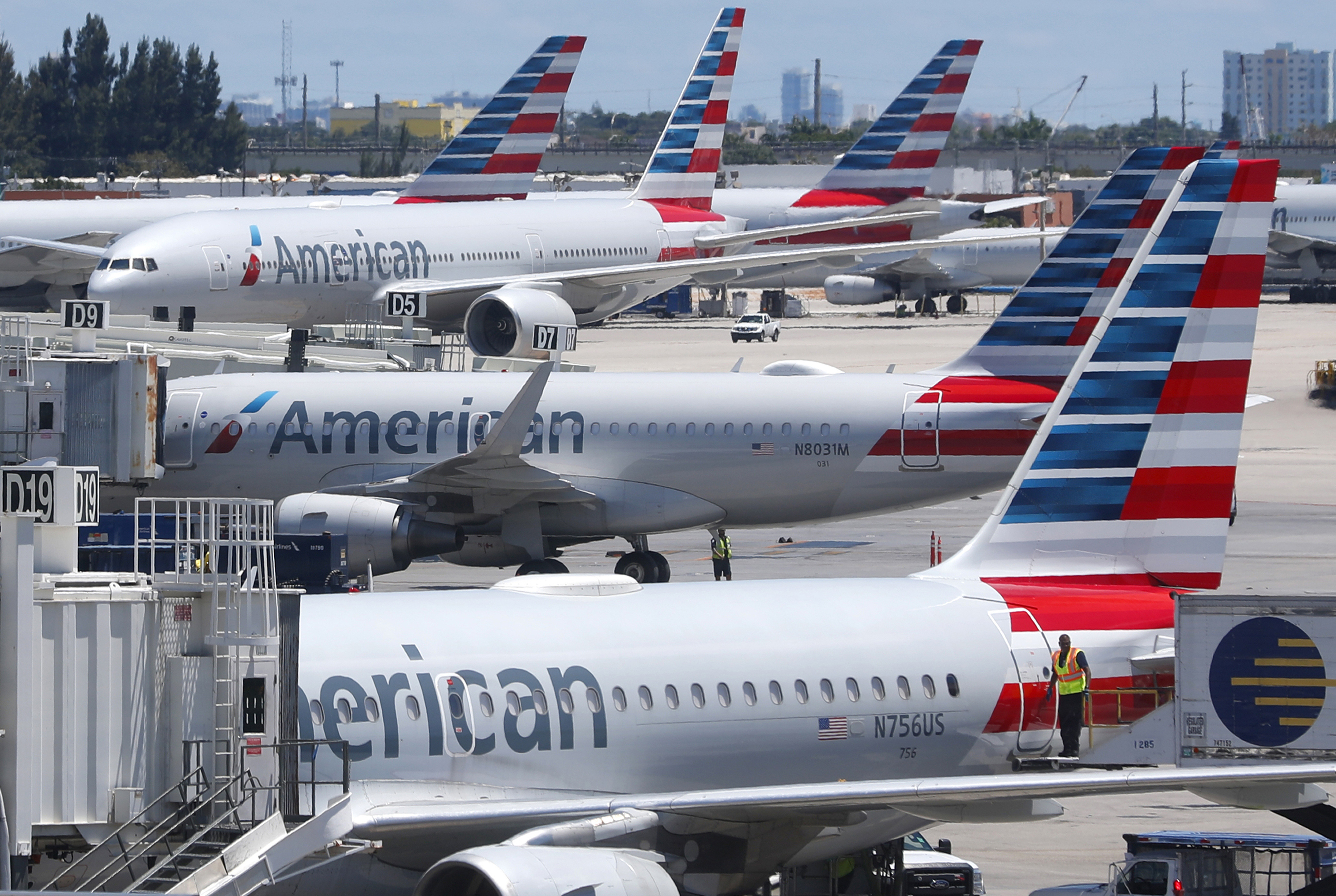 Fla. man who allegedly tampered with American Airlines flight has ties