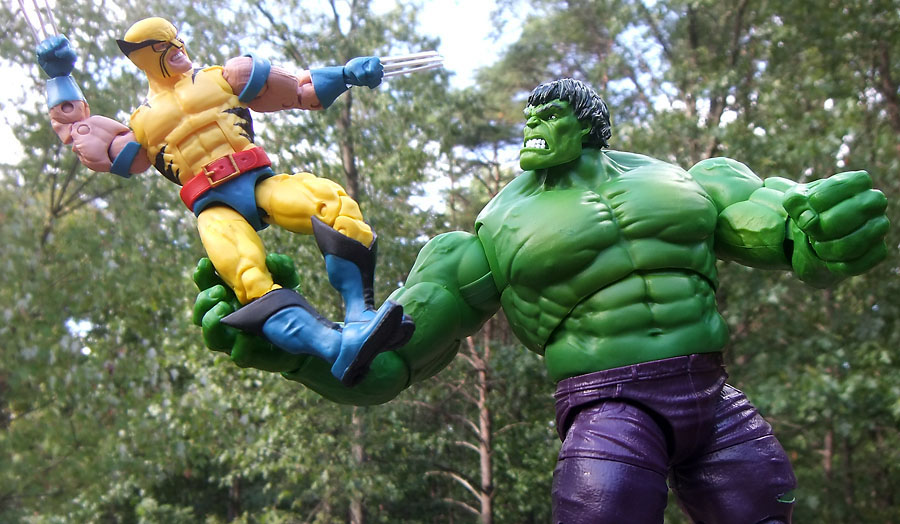 Zadzooks: 80 Years Marvel Legends: Wolverine vs. the Incredible Hulk r