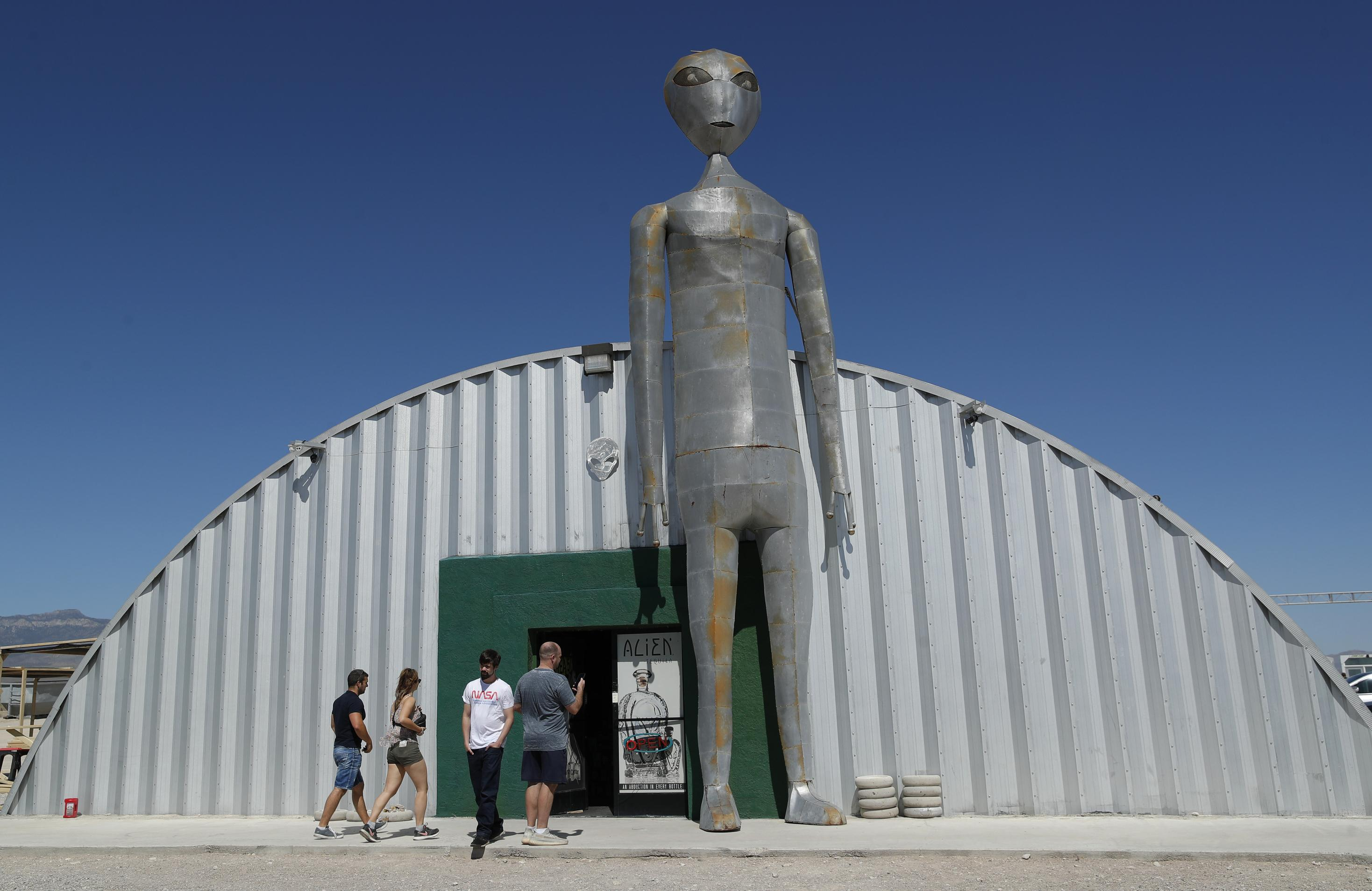 About 75 People Gather At Area 51 Gate 2 People Detained Washington Times