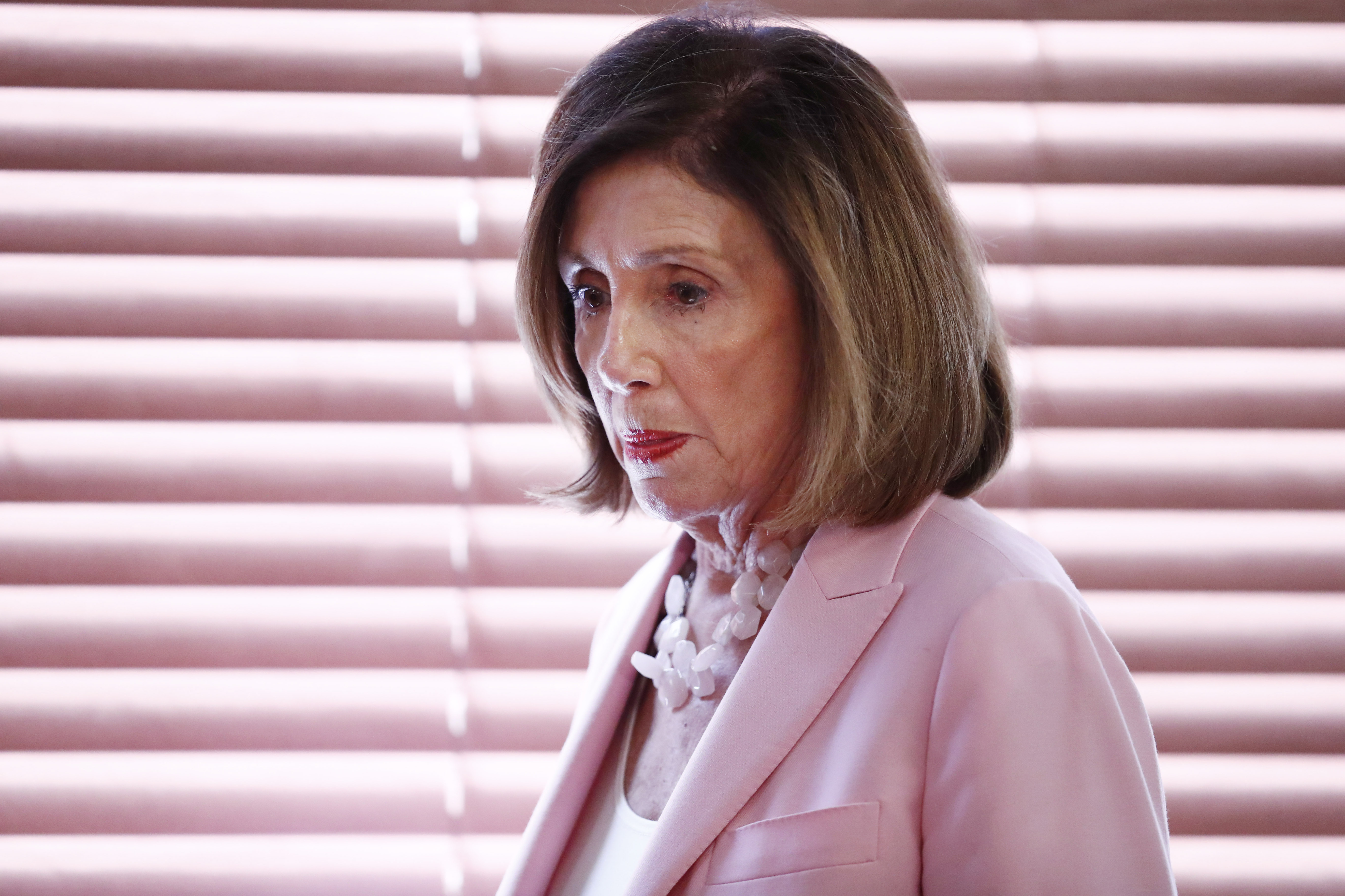 Pelosi faces serious legal challenges to 'casual' impeachment inquiry