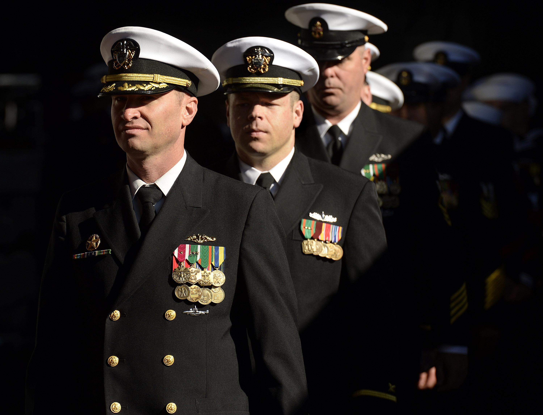 U.S. Navy cracks down on beards on board