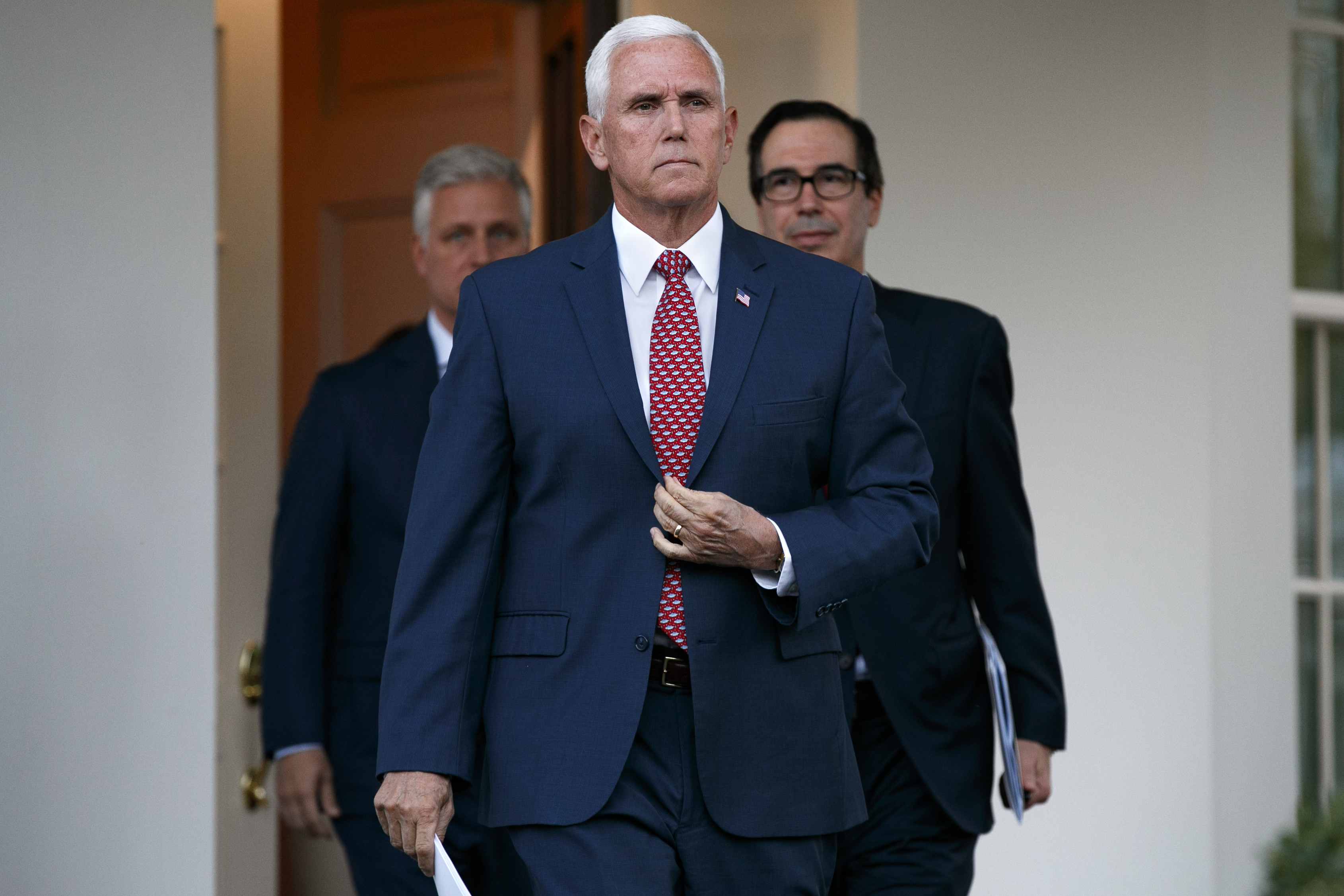Mike Pence to leave Wednesday for Turkey in bid for cease-fire