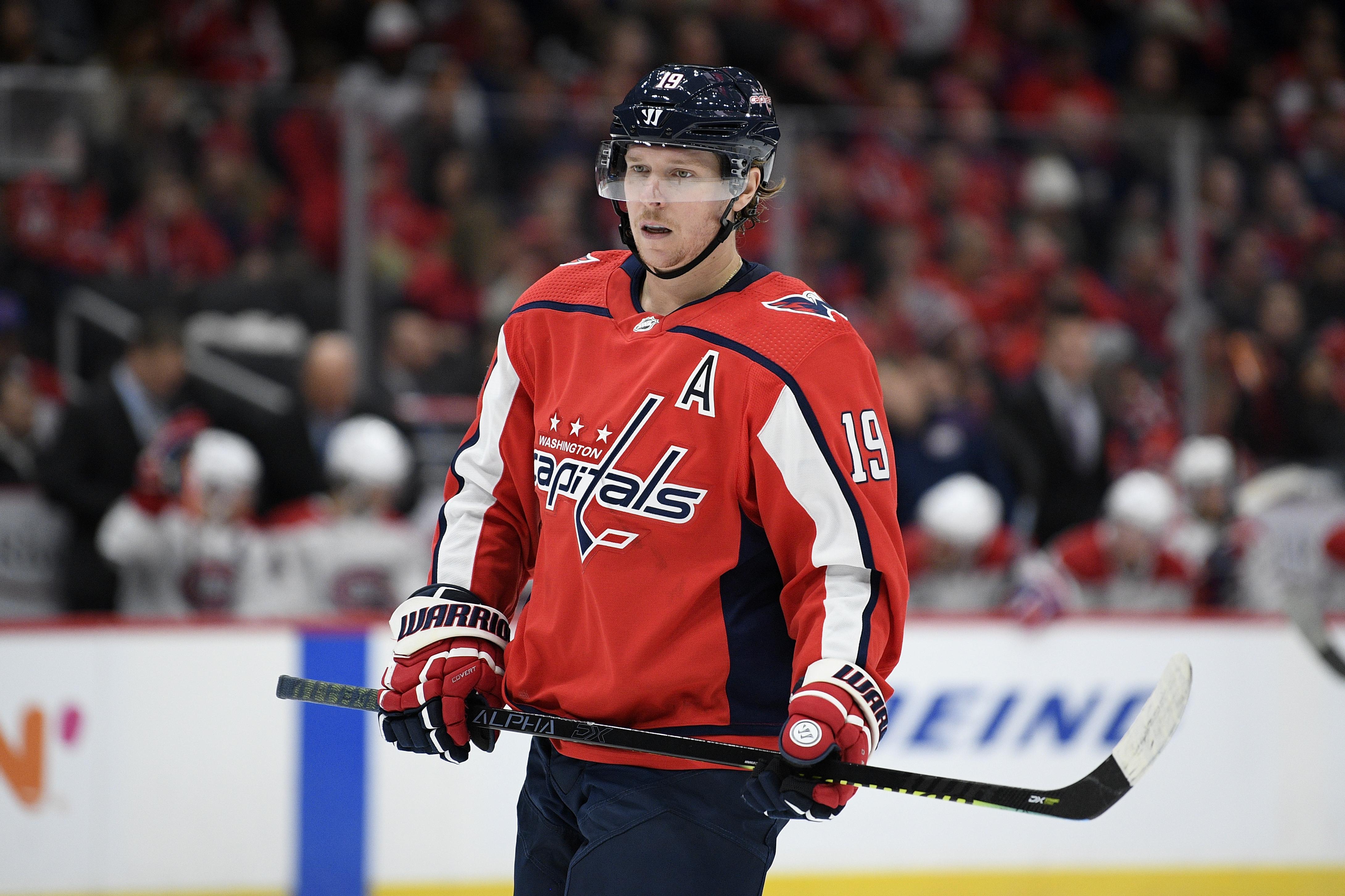 https://media.washtimes.com/media/image/2019/11/17/Canadiens_Capitals_Hockey_90144.jpg-55ee8.jpg