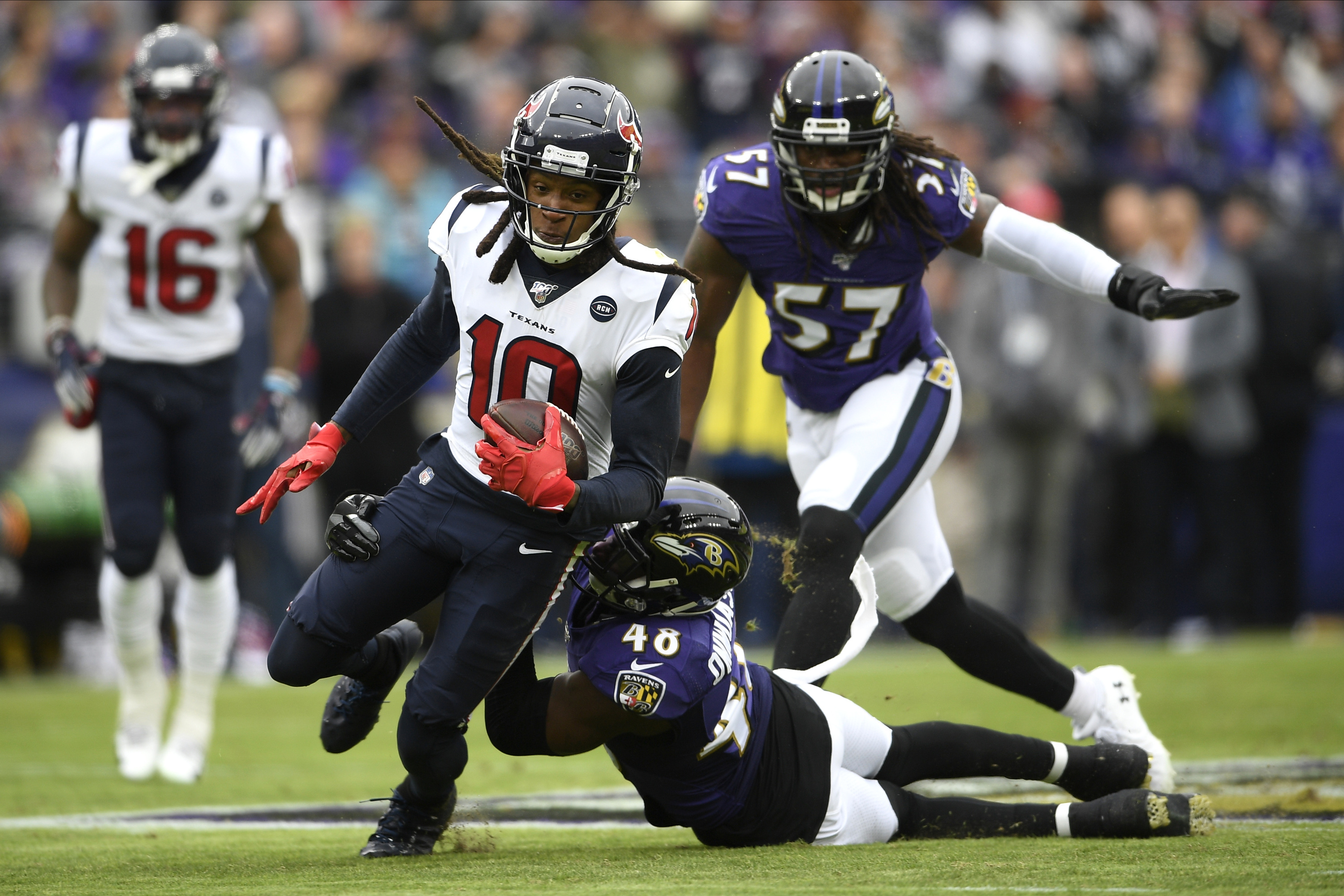 Useless rule? Refs miss blatant pass interference despite Texans' challenge
