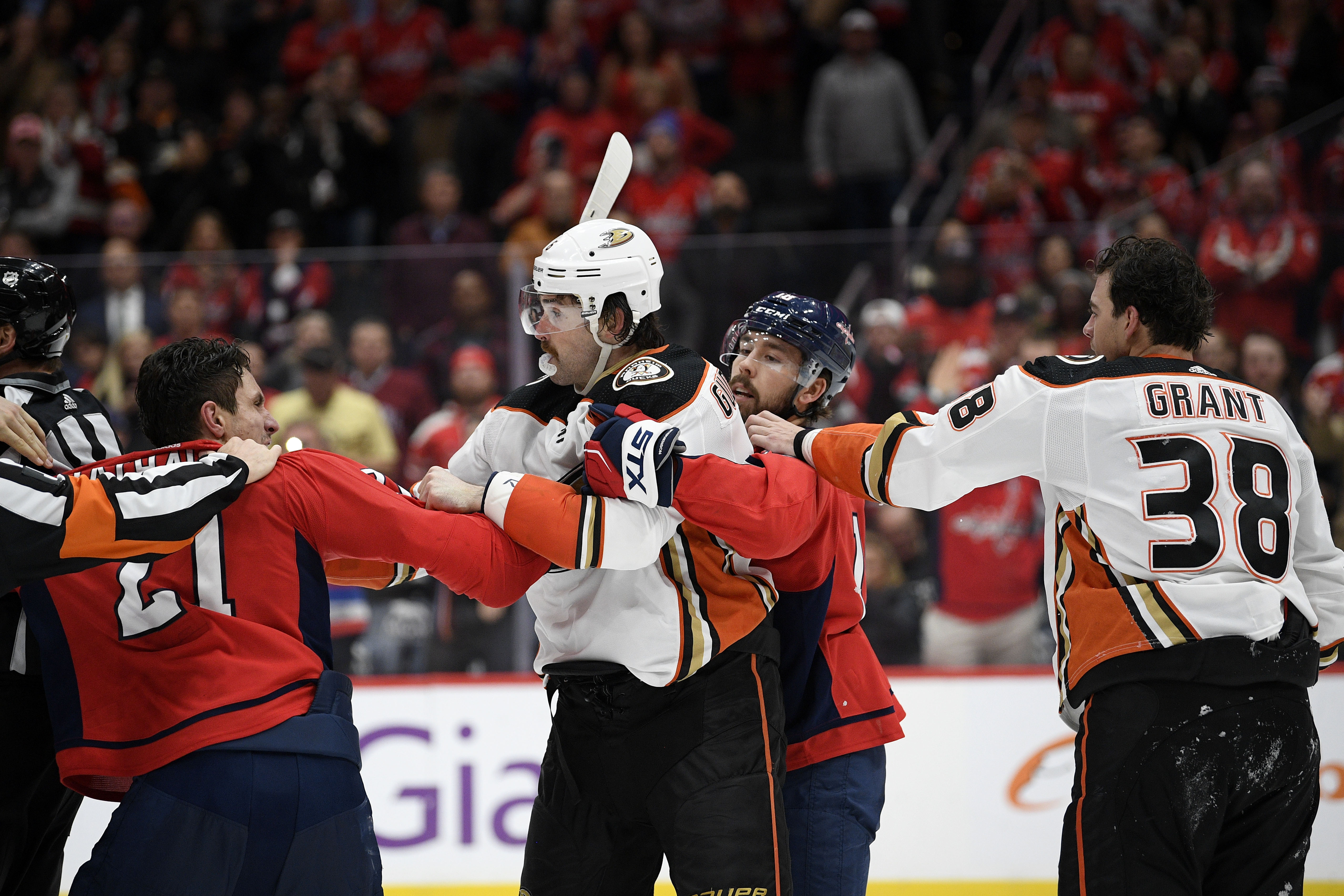 Garnet Hathaway, Capitals forward, suspended three games for spitting