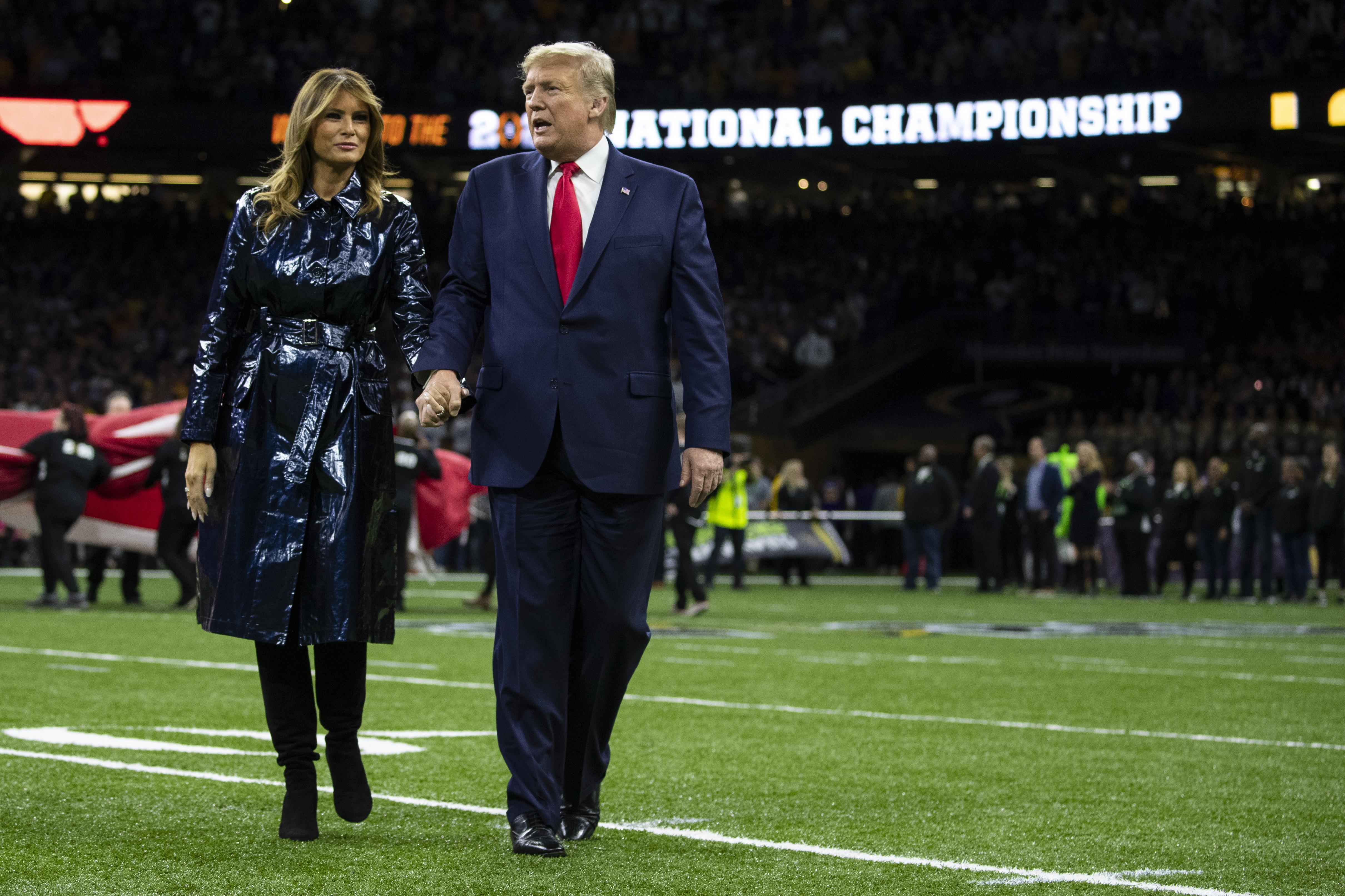Donald Trump, Melania Trump cheered at National Championship game
