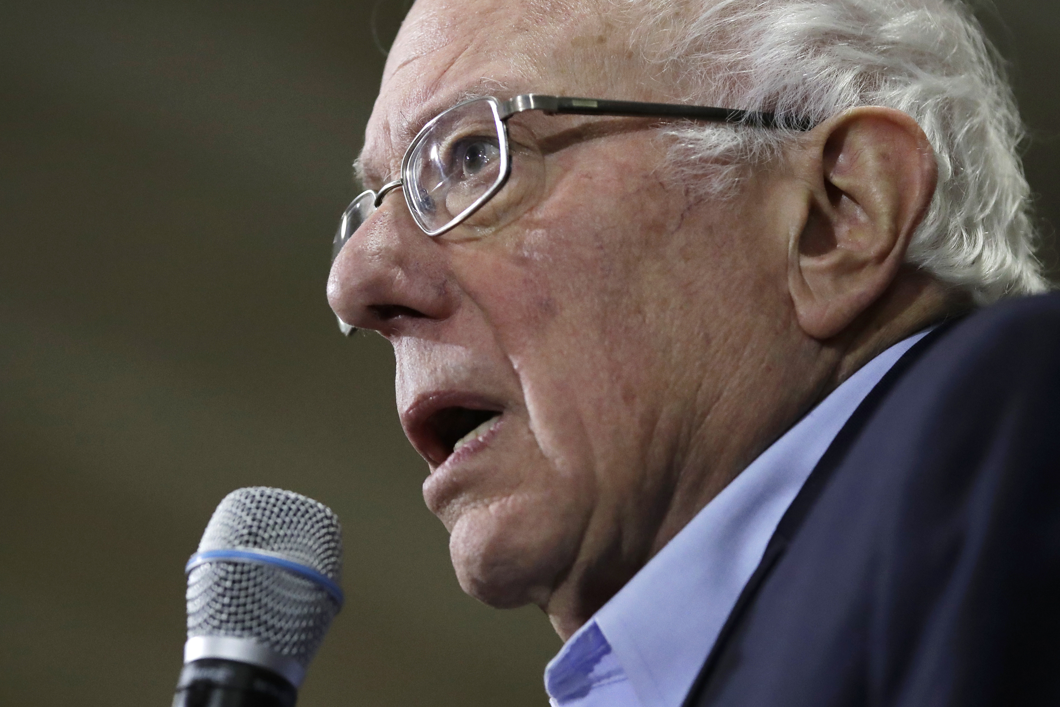MoveOn urges Bernie Sanders to apologize for embracing support of podcast host Joe Rogan