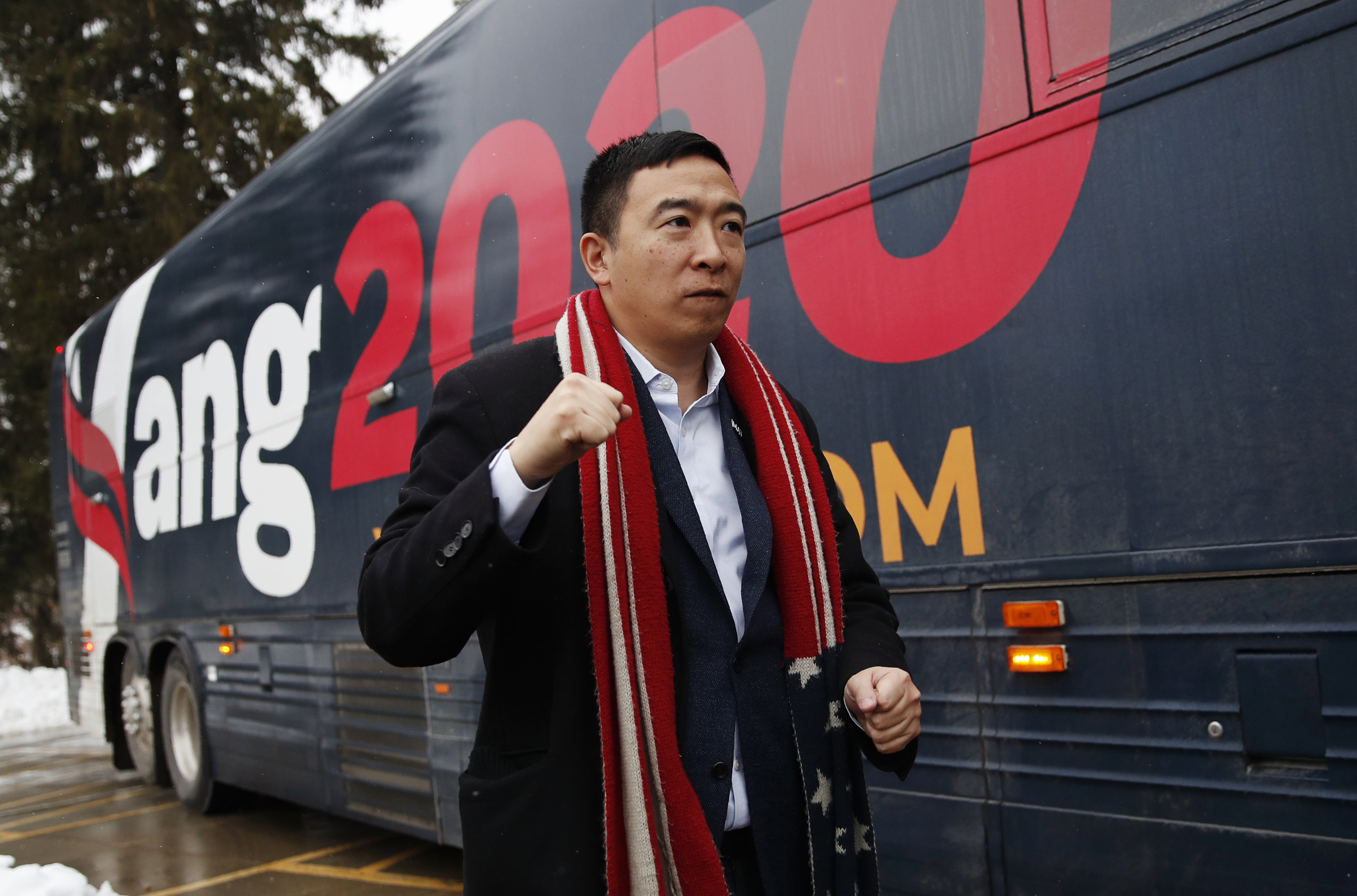Andrew Yang qualifies for Democratic debate on February 7