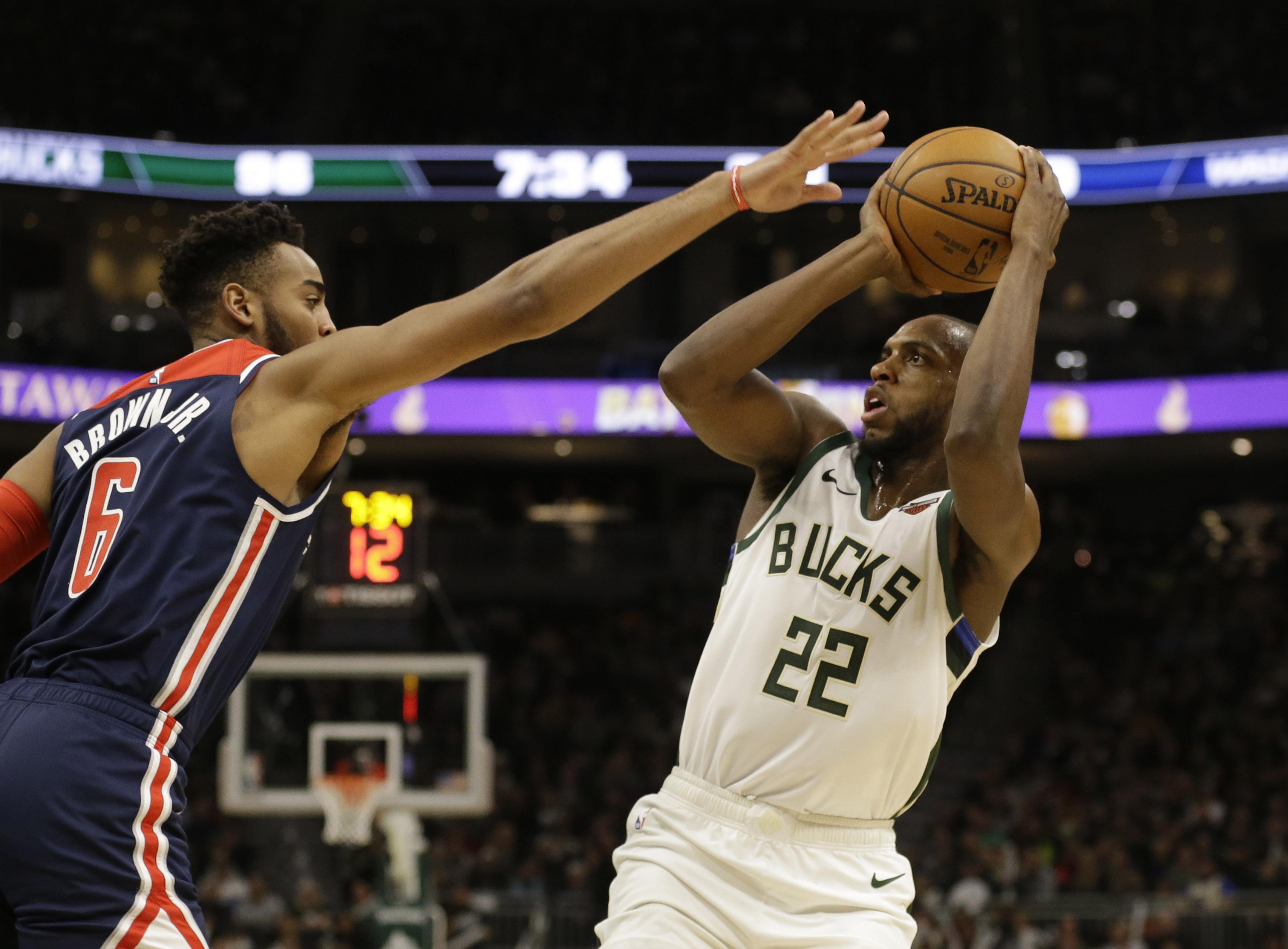 Middleton scores 51 as Bucks beat Wizards 151-131