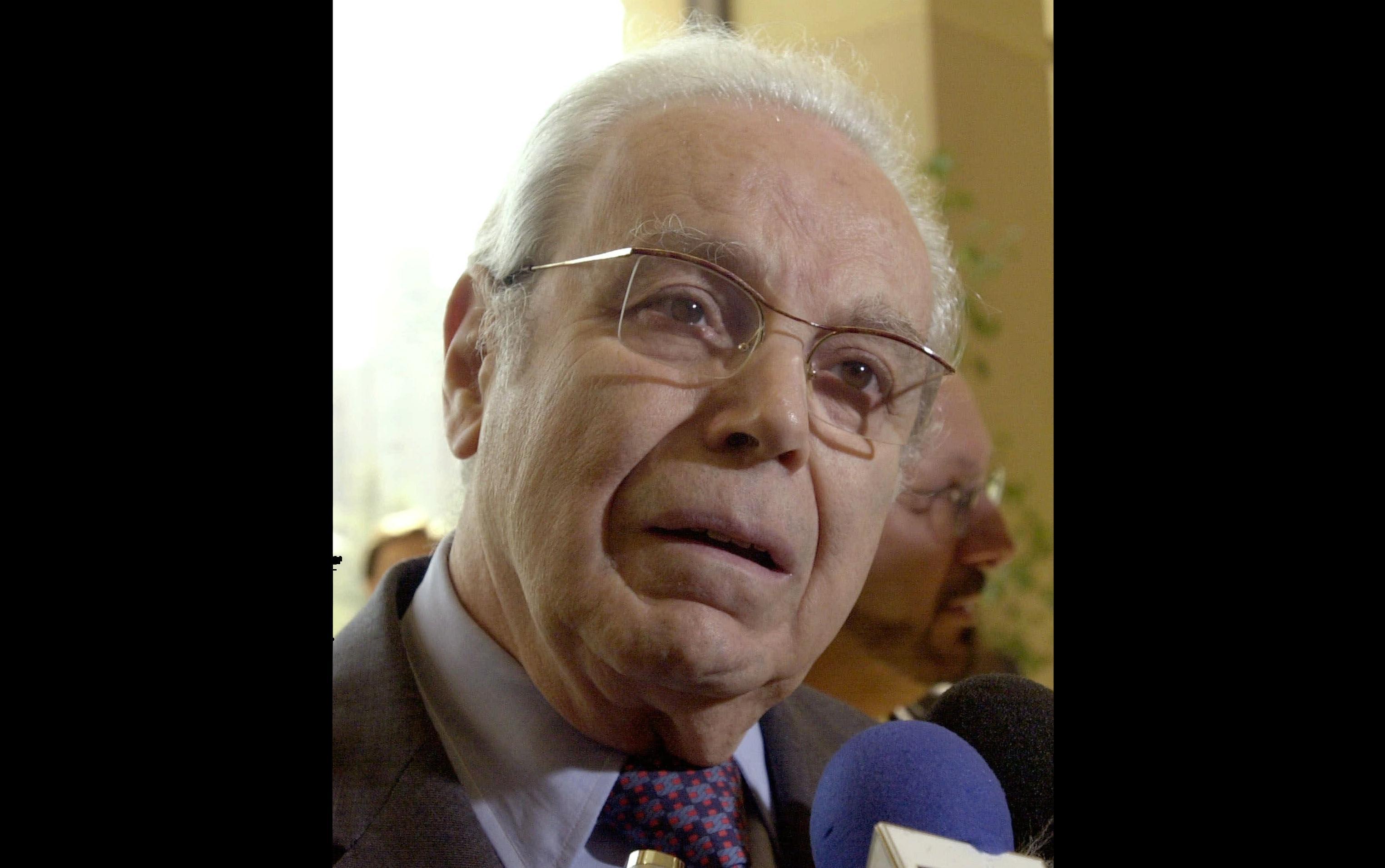 Perez De Cuellar Peruvian Two Term Un Chief Dies At 100 Washington Times