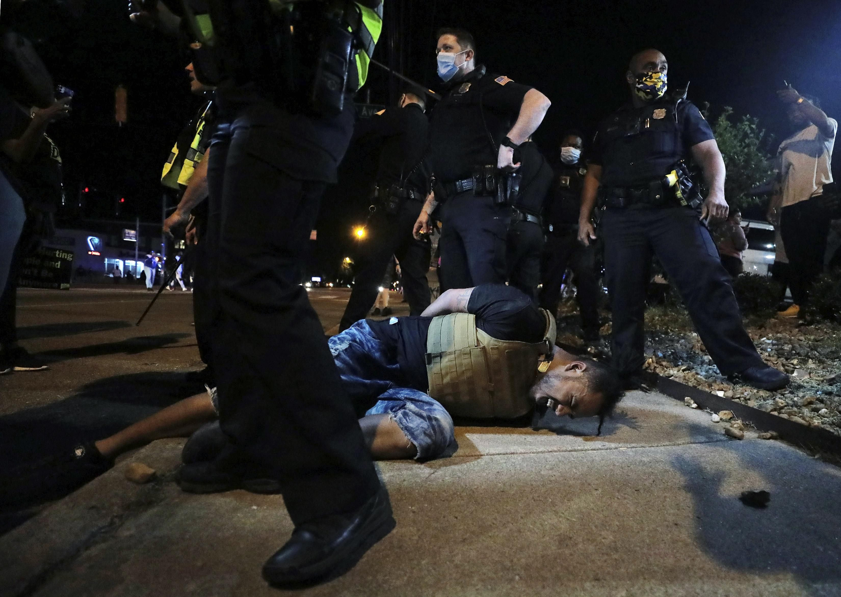 Memphis Protesters March To Site Where King Was Killed Washington Times