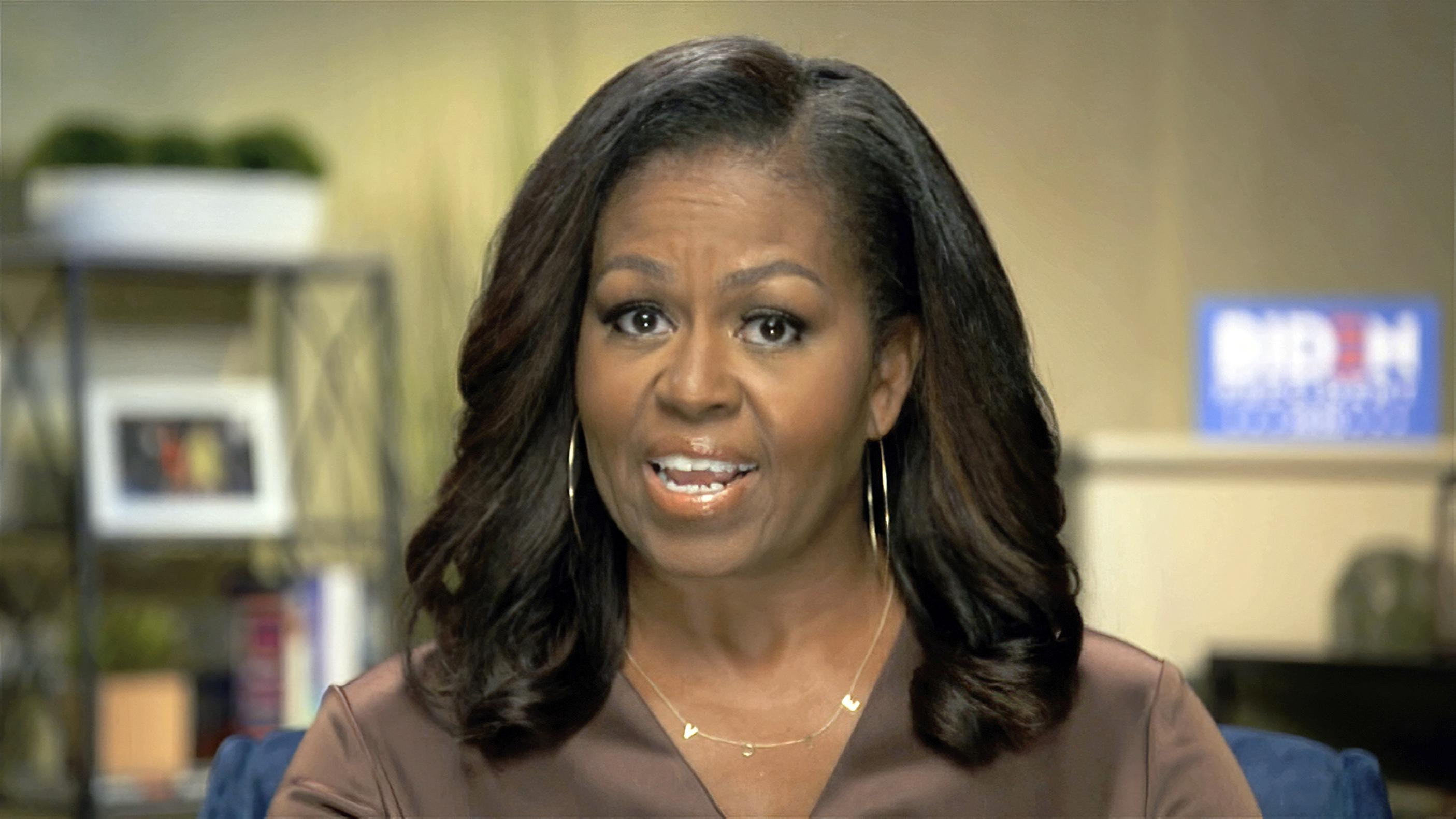 Michelle Obama White People Don T Even See Me When I M In Public Washington Times